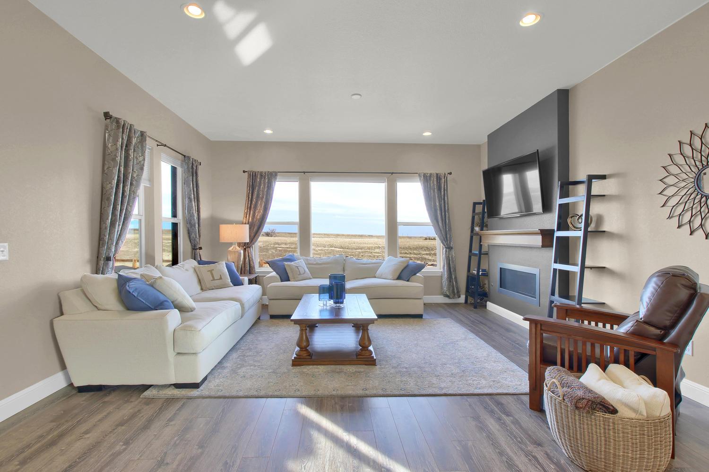8283 Moss Cir Arvada CO 80007-large-016-28-Living Room-1500x1000-72dpi.jpg