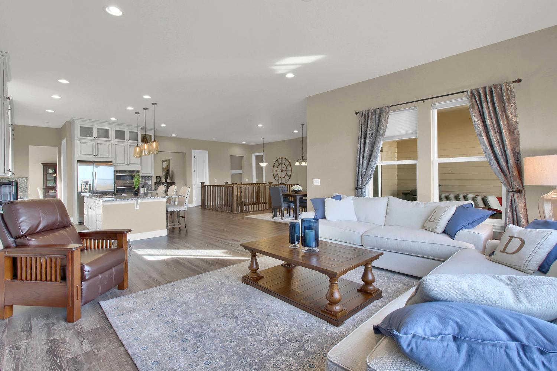 8283 Moss Cir Arvada CO 80007-large-017-26-Living Room-1500x1000-72dpi.jpg