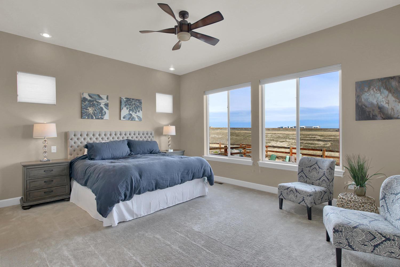 8283 Moss Cir Arvada CO 80007-large-038-24-Bedroom-1500x1000-72dpi.jpg