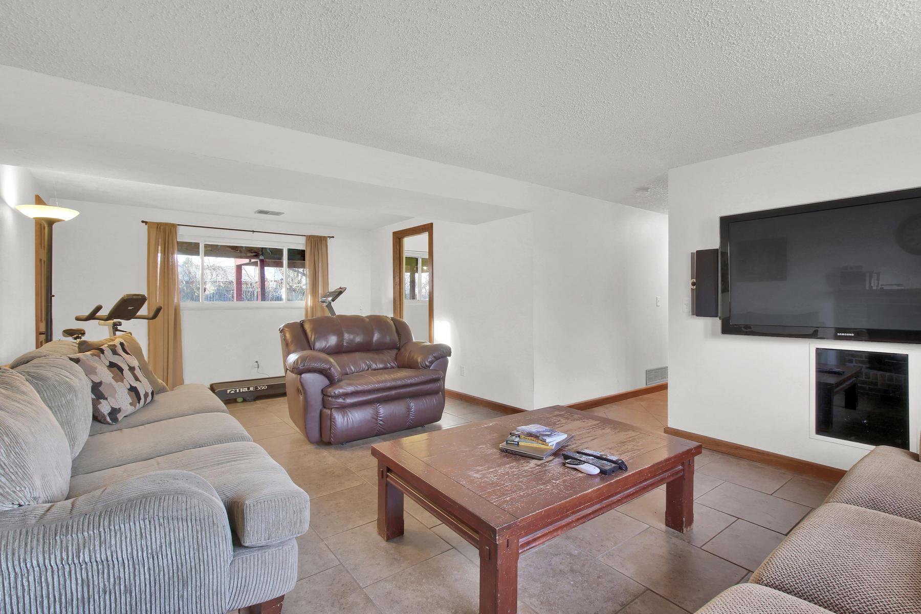 9375 Osceola St Westminster CO-021-15-Family Room-MLS_Size.jpg