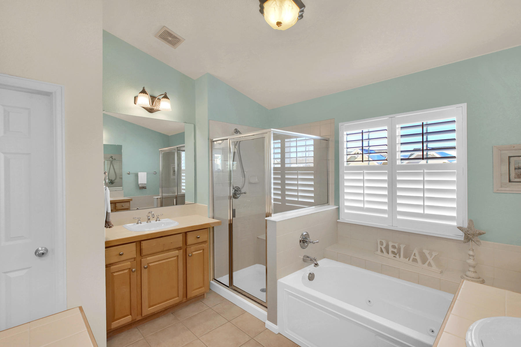 8322 Coors Ct Arvada CO 80005-024-22-Bathroom-MLS_Size.jpg