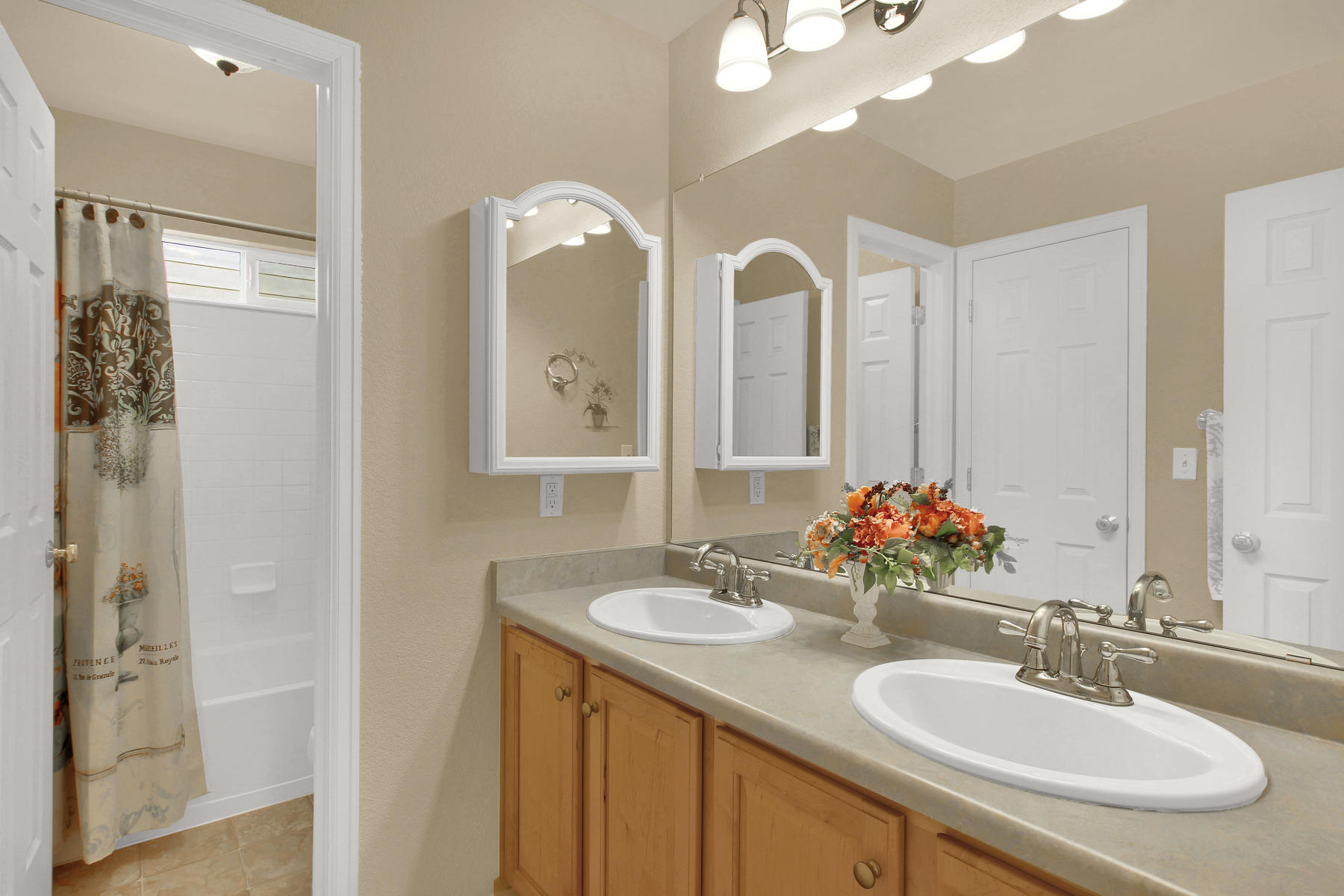 8322 Coors Ct Arvada CO 80005-027-25-Bathroom-MLS_Size.jpg