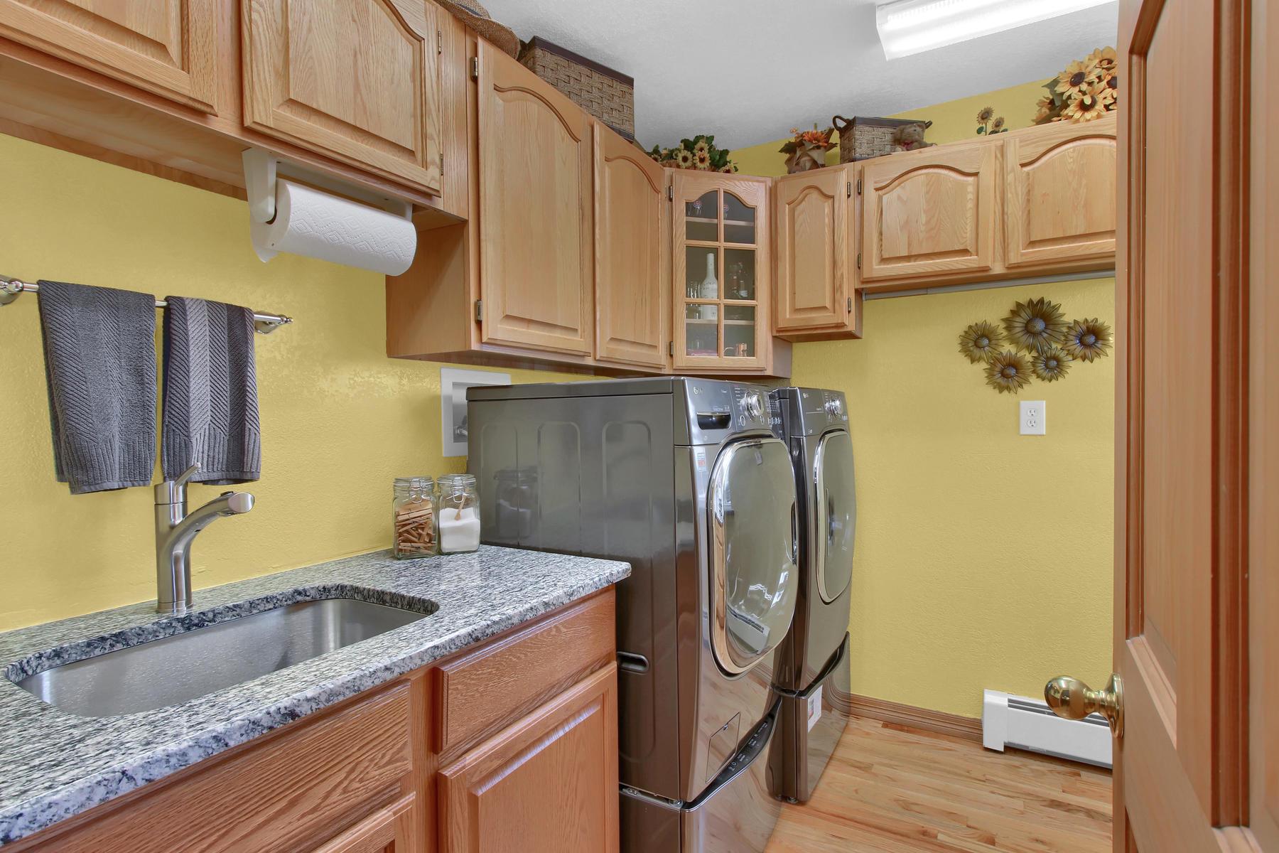 11415 W 76th Way Arvada CO-029-19-Laundry-MLS_Size.jpg