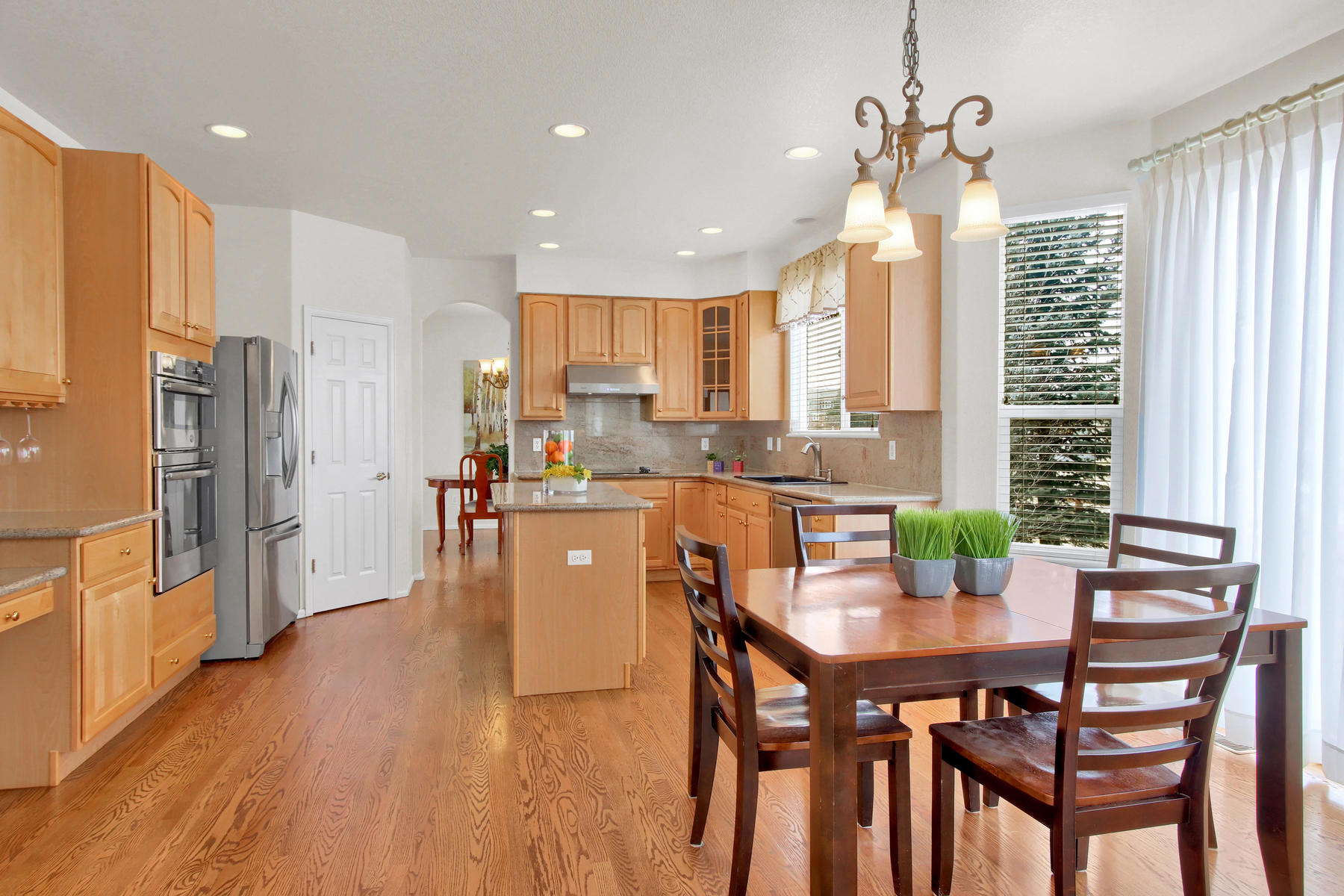 5447 Brookside Dr Broomfield-026-15-Kitchen-MLS_Size.jpg