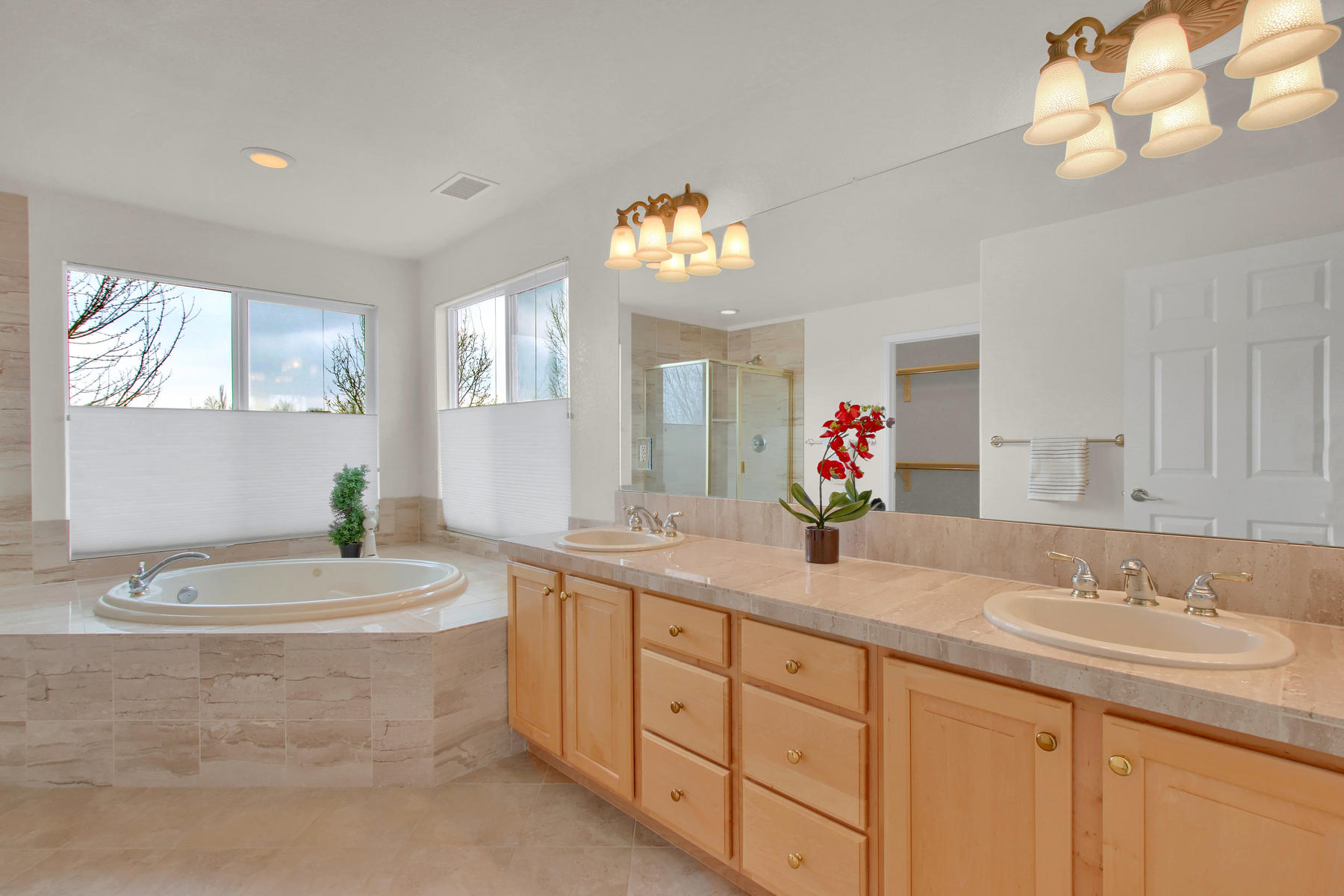 5447 Brookside Dr Broomfield-037-38-Bathroom-MLS_Size.jpg