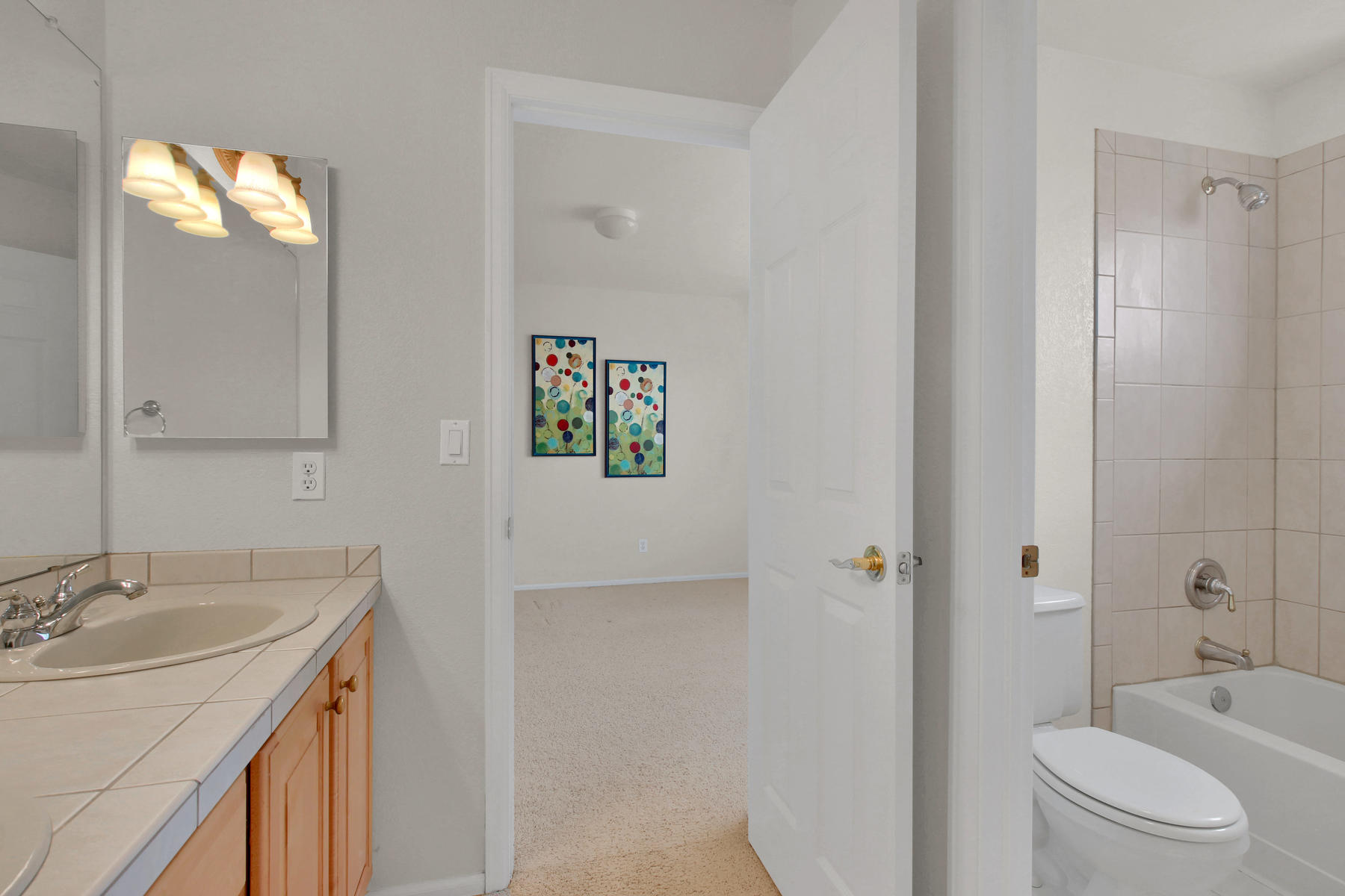 5447 Brookside Dr Broomfield-042-31-Bathroom-MLS_Size.jpg