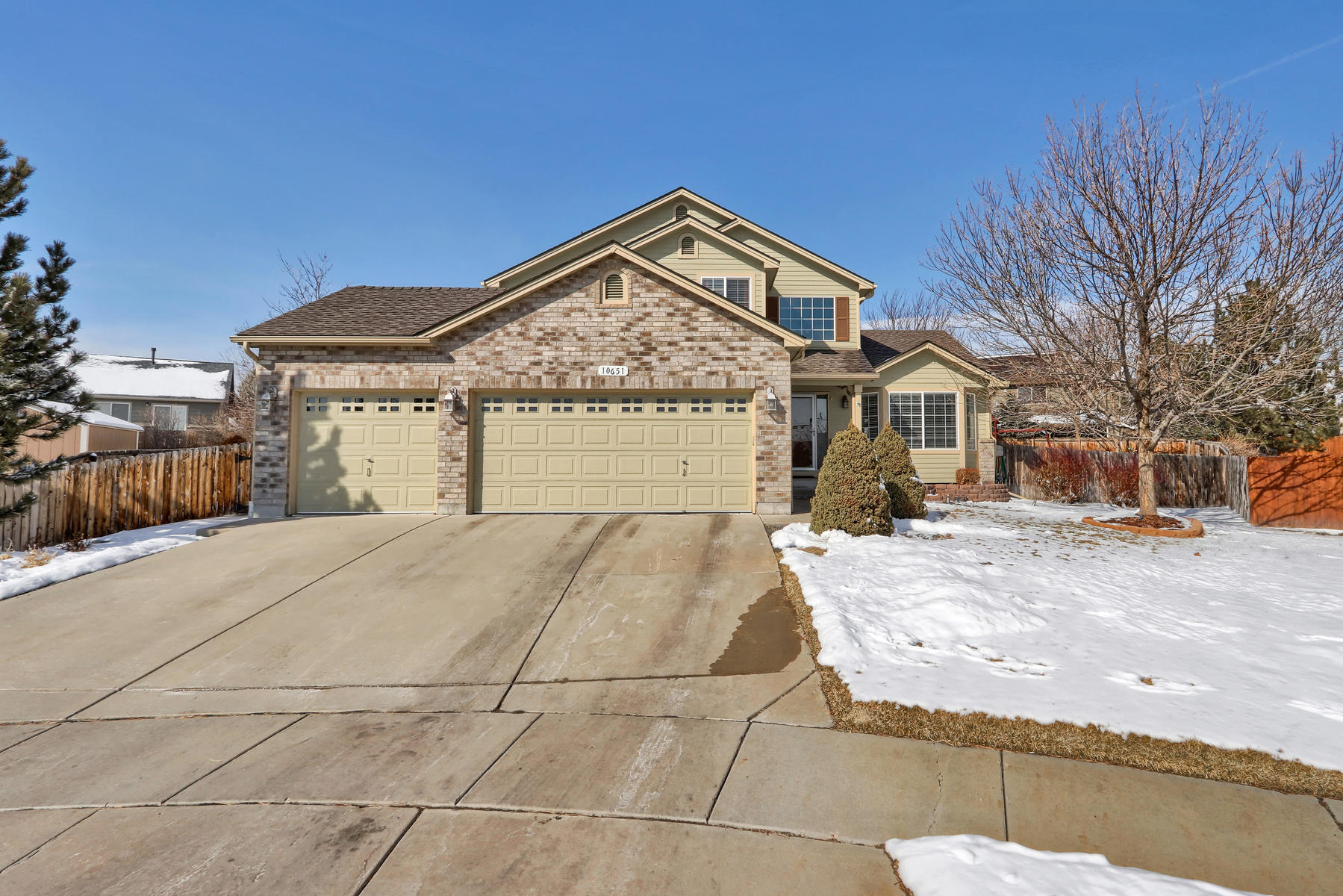 10651 W 54th Ave Arvada CO-001-1-Exterior Front-MLS_Size.jpg