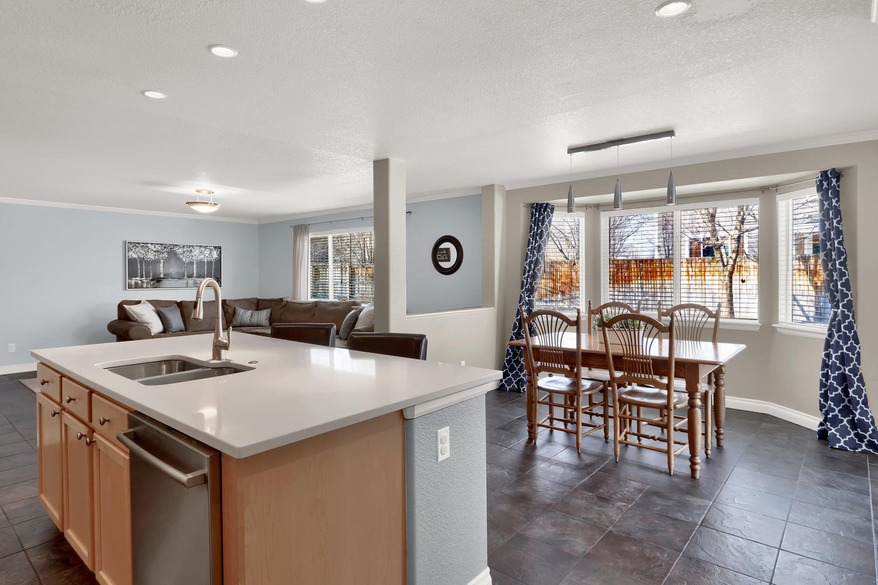 10651 W 54th Ave Arvada CO-007-9-Kitchen-MLS_Size.jpg