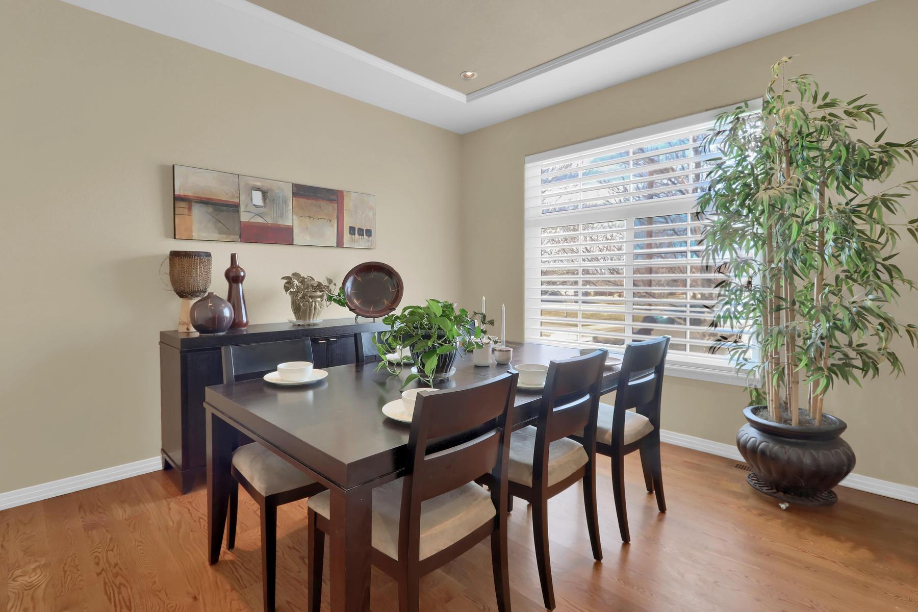 2057 Cedarwood Pl Erie CO-011-18-Dining Room-MLS_Size.jpg