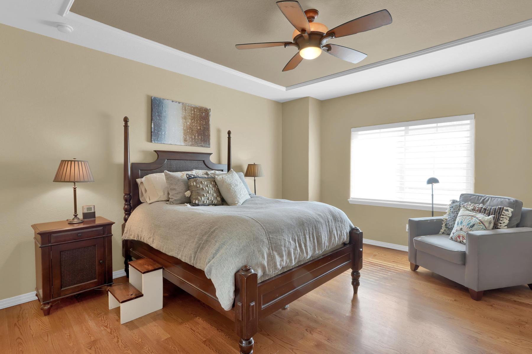2057 Cedarwood Pl Erie CO-012-14-Bedroom-MLS_Size.jpg