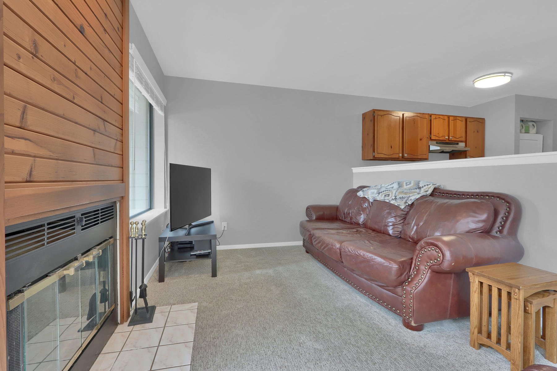 8033 Countryside Park 201-007-2-Living Room-MLS_Size.jpg