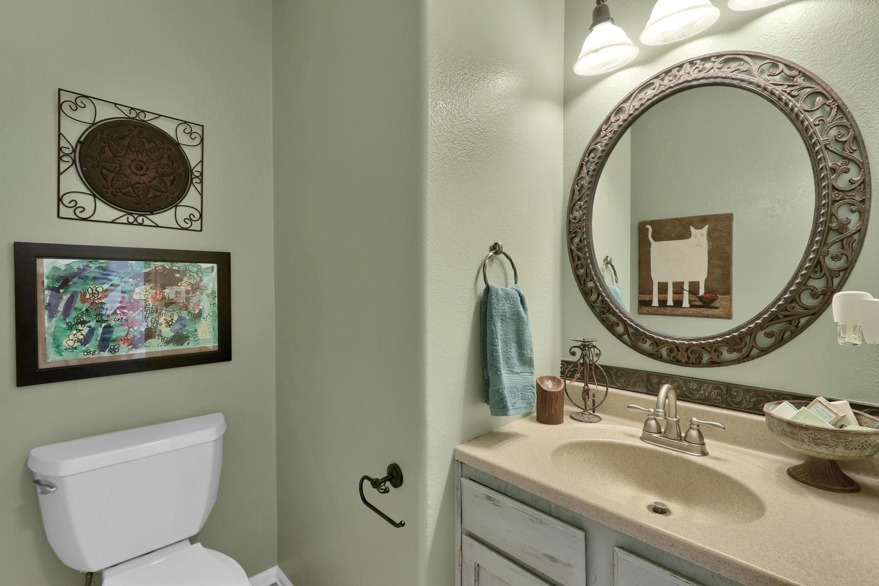 5370 S Genoa St Cenntenial CO-019-26-Bathroom-MLS_Size.jpg