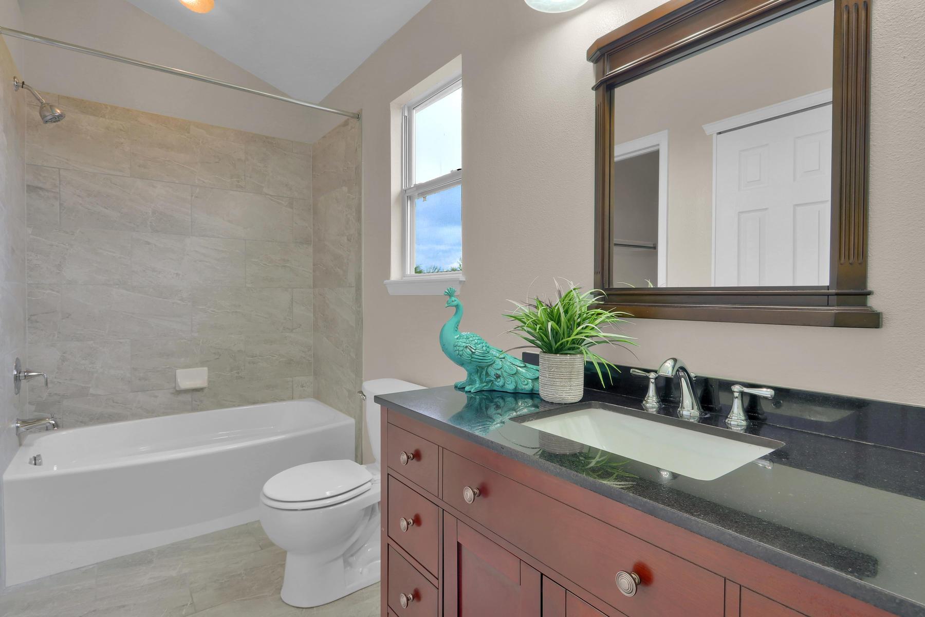 3009 W 107th Pl F Westminster-019-26-Bathroom-MLS_Size.jpg