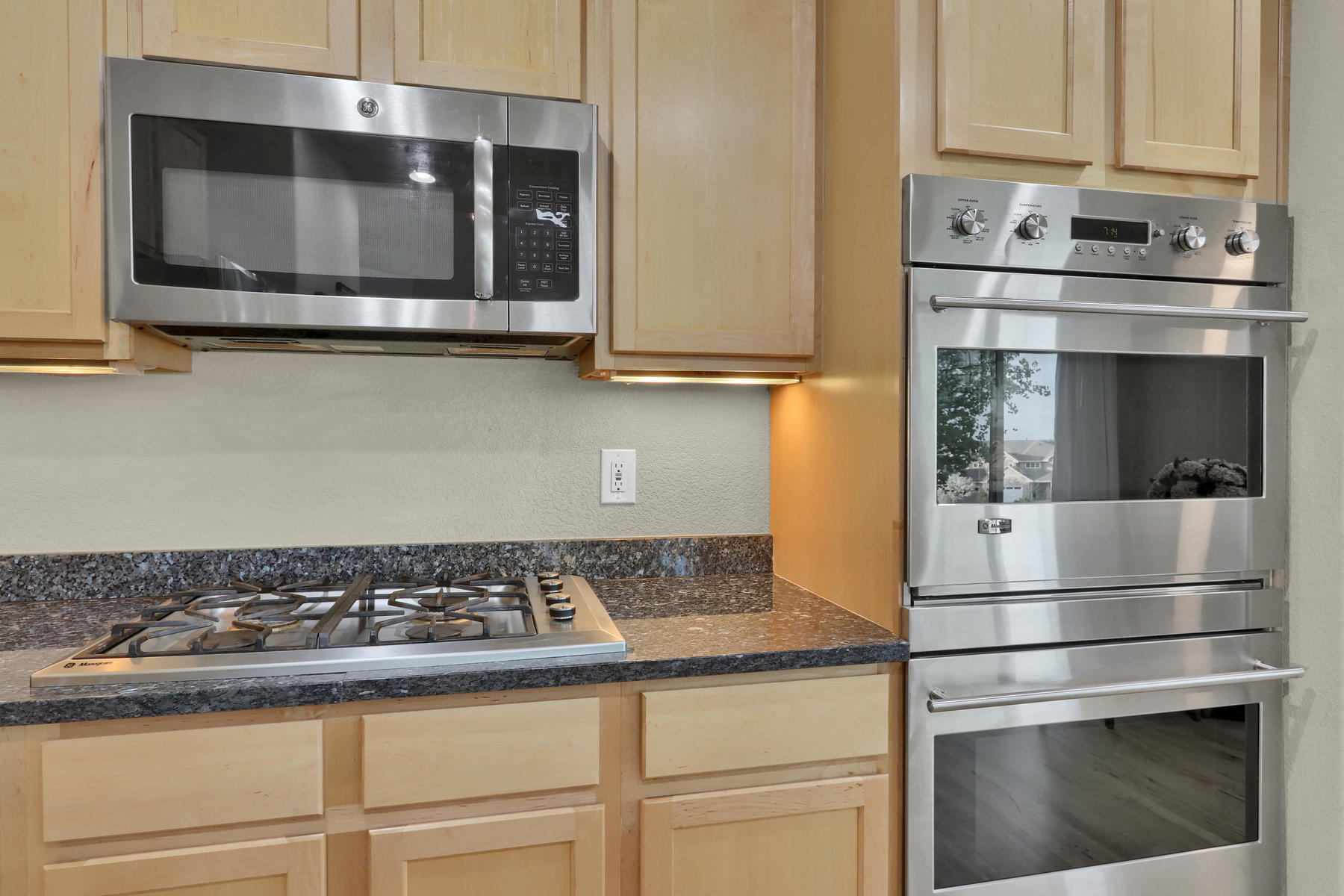 17881 W 77th Dr Arvada CO-029-34-Kitchen-MLS_Size.jpg