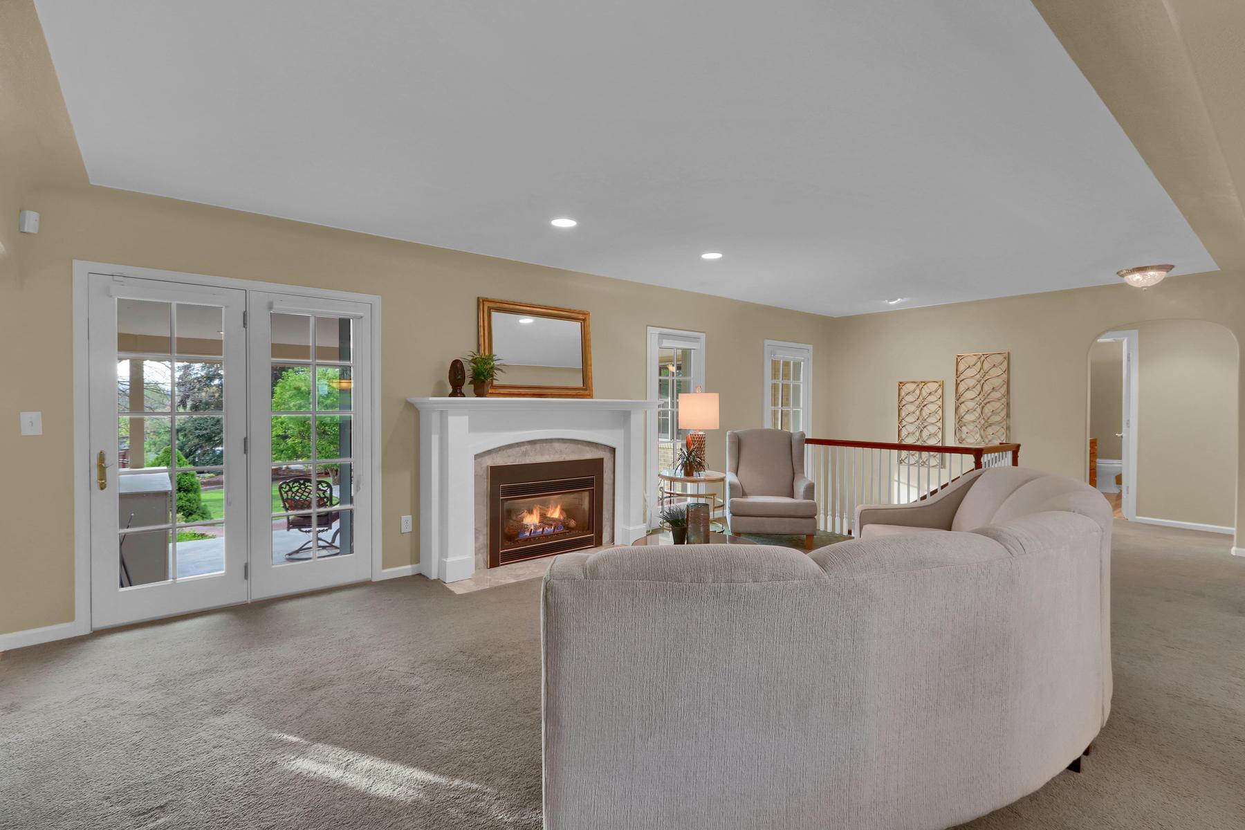 3845 Everett St Wheat Ridge CO-020-21-Living Room-MLS_Size.jpg