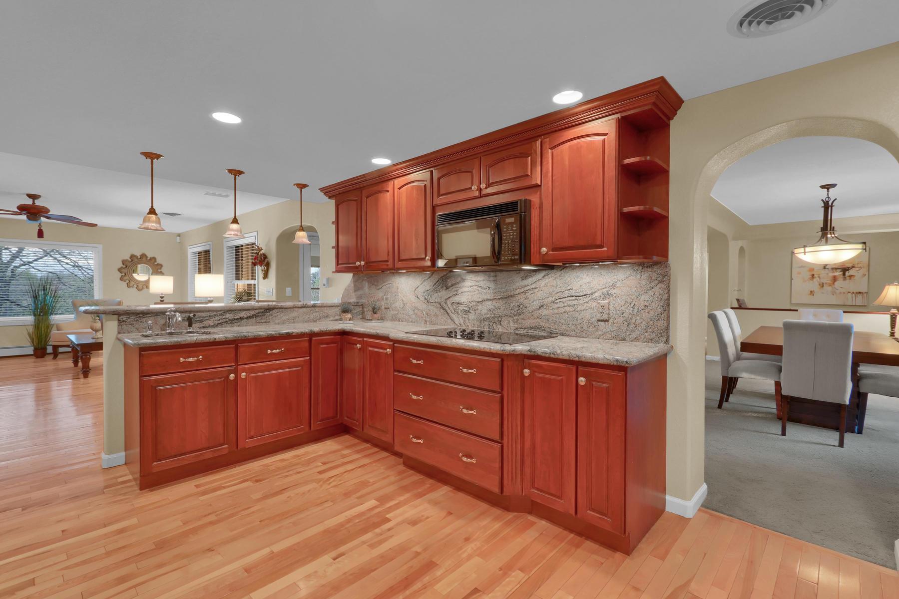 3845 Everett St Wheat Ridge CO-026-30-Kitchen-MLS_Size.jpg