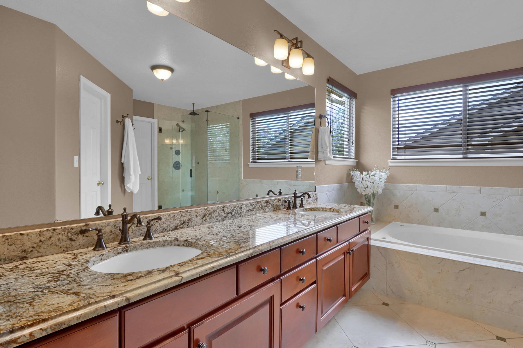 13433 W 62nd Pl Arvada CO-026-27-Bathroom-MLS_Size.jpg