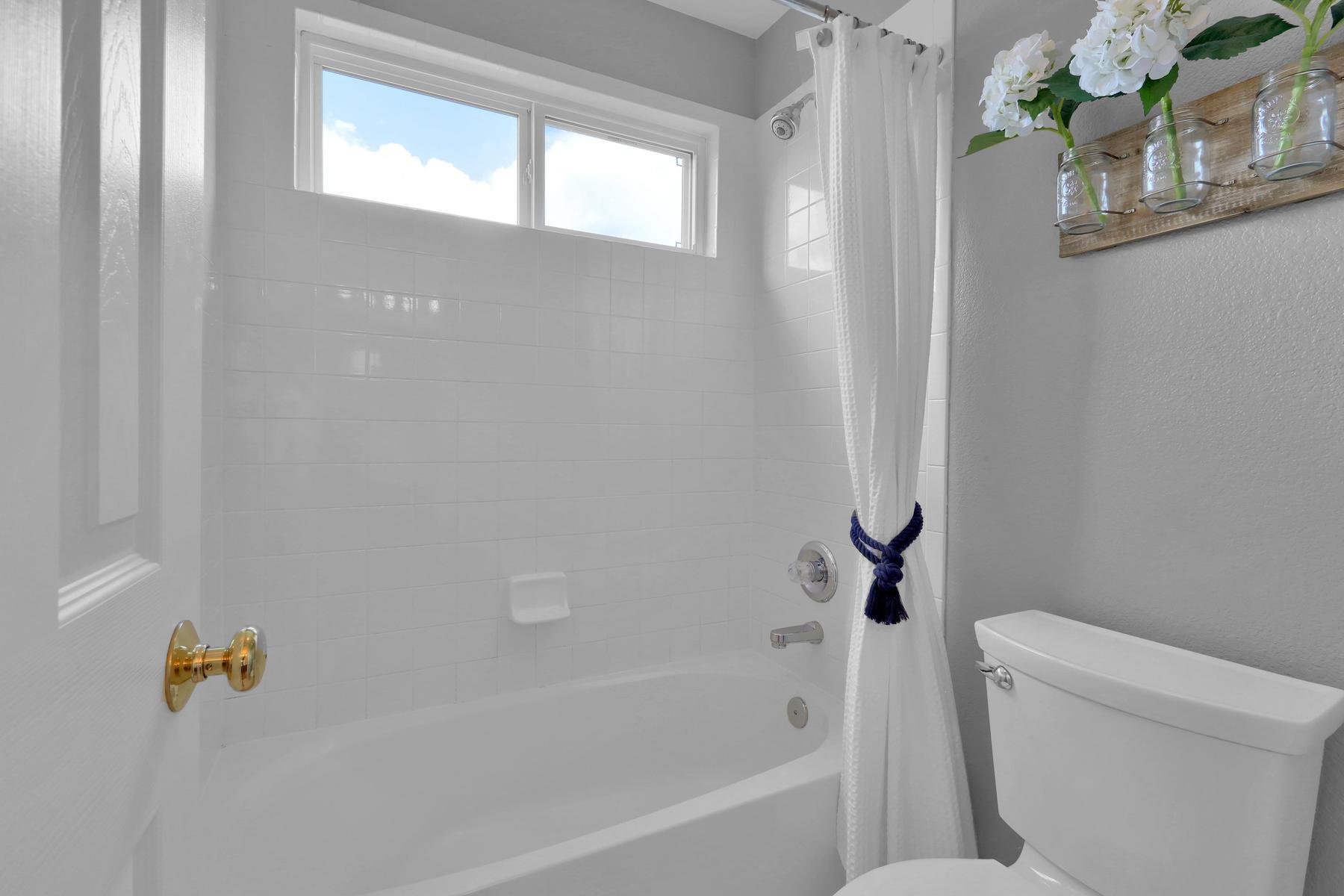 13433 W 62nd Pl Arvada CO-032-34-Bathroom-MLS_Size.jpg