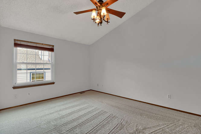 1891 Newland Ct Lakewood CO-small-020-20-Bedroom-666x444-72dpi.jpg
