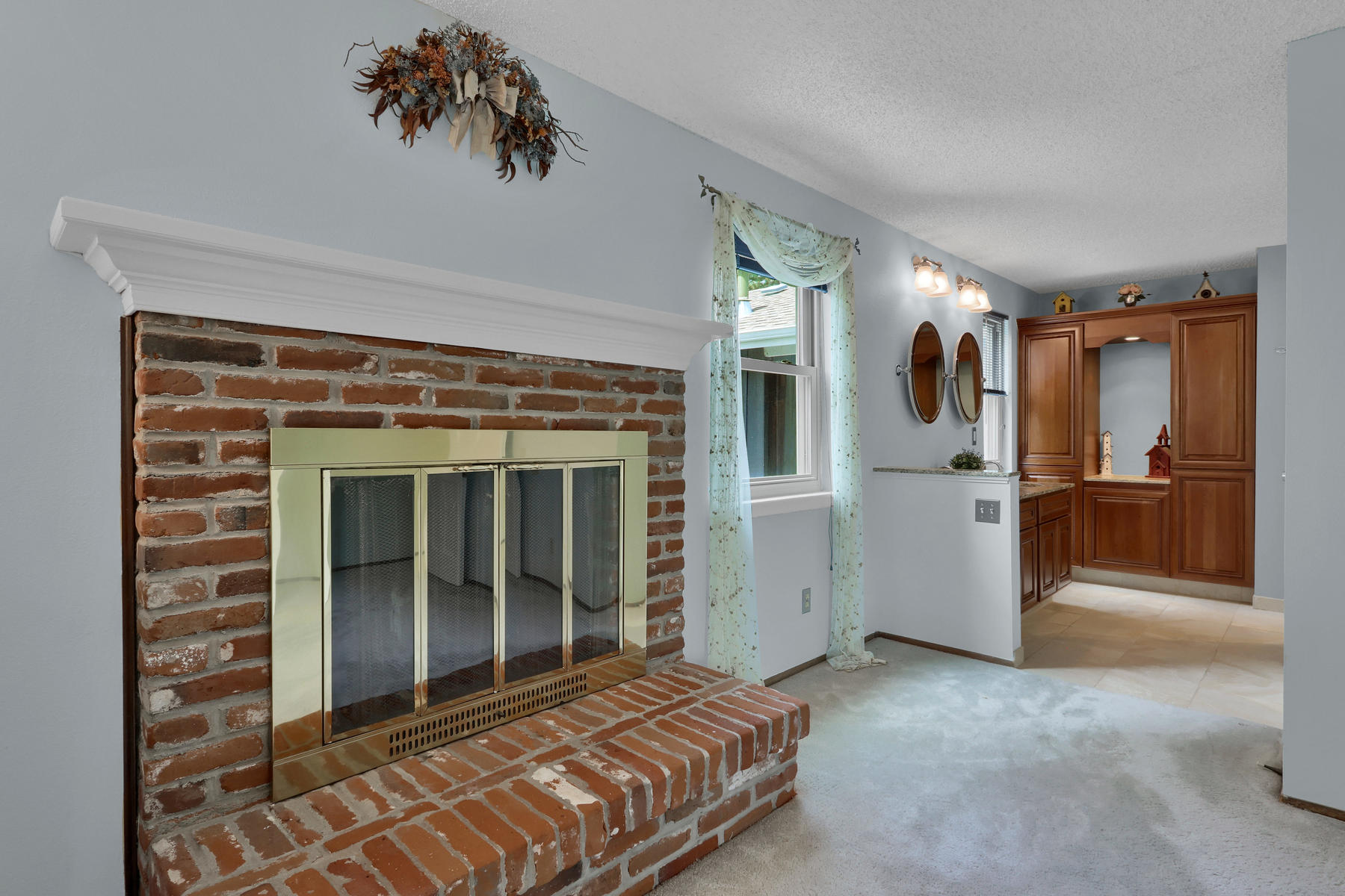 8490 Independence Way Arvada-011-022-Fireplace-MLS_Size.jpg