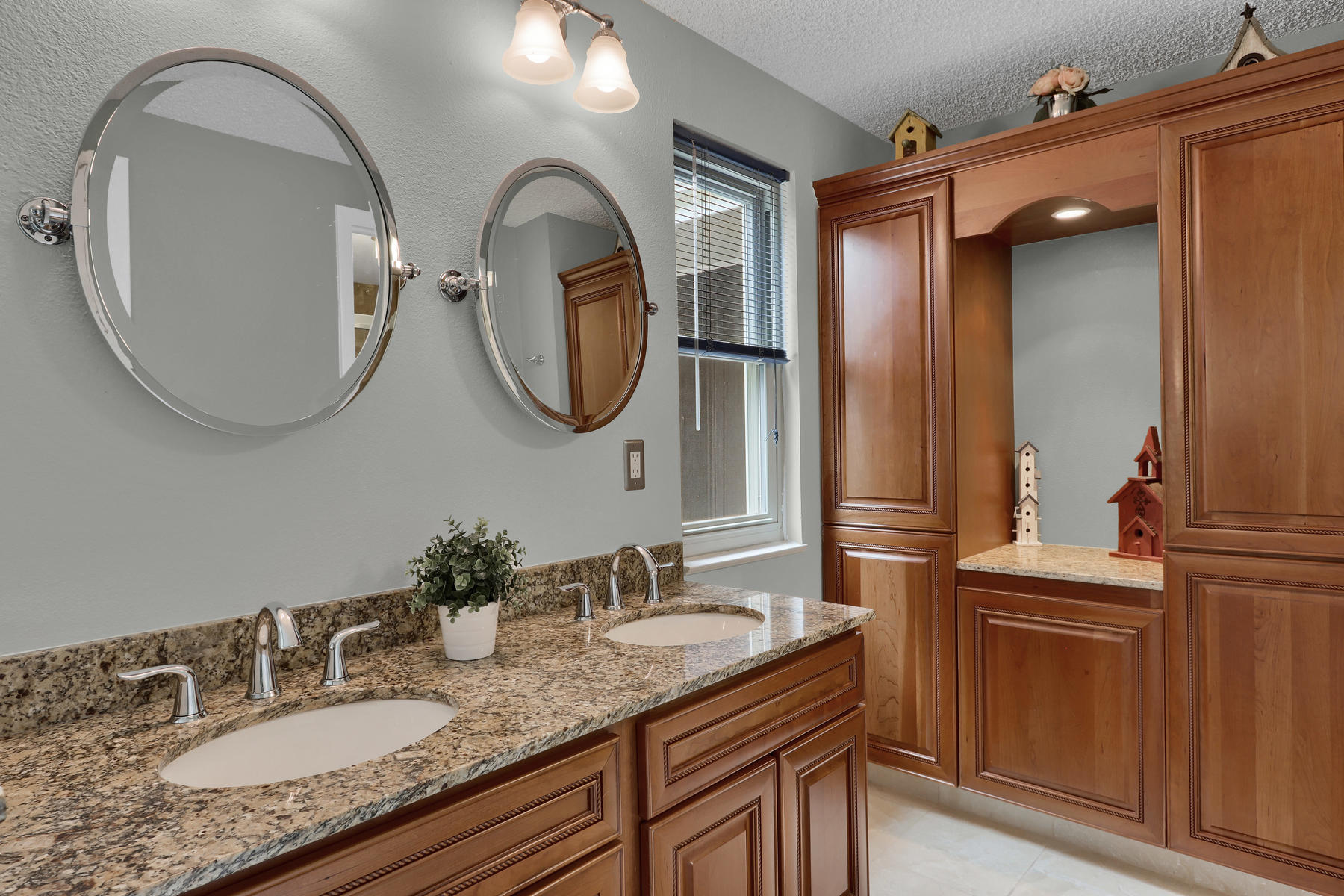 8490 Independence Way Arvada-013-023-Bathroom-MLS_Size.jpg