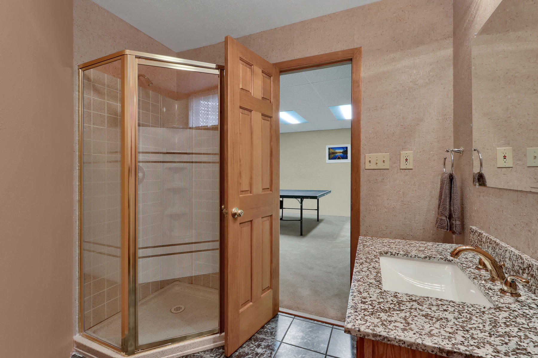 8490 Independence Way Arvada-018-029-Bathroom-MLS_Size.jpg