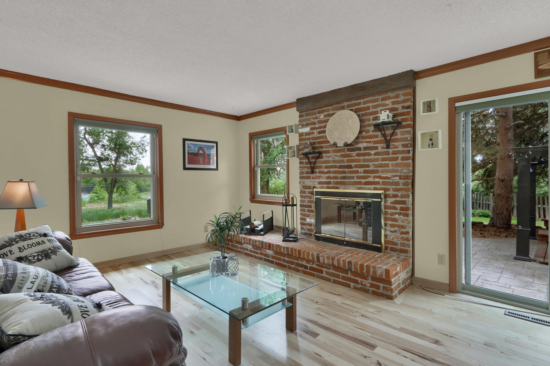 8490 Independence Way Arvada-026-036-Living Room-MLS_Size.jpg