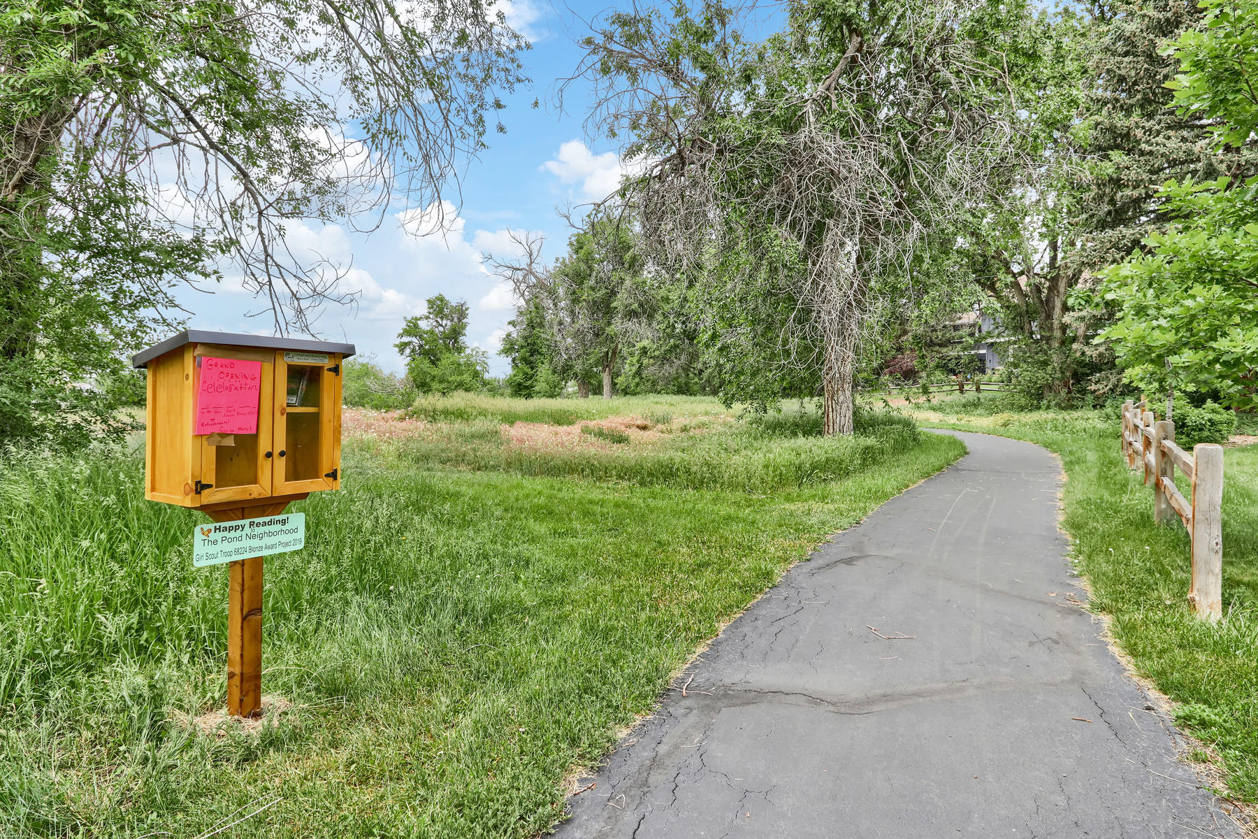 8490 Independence Way Arvada-039-002-Neighborhood-MLS_Size.jpg