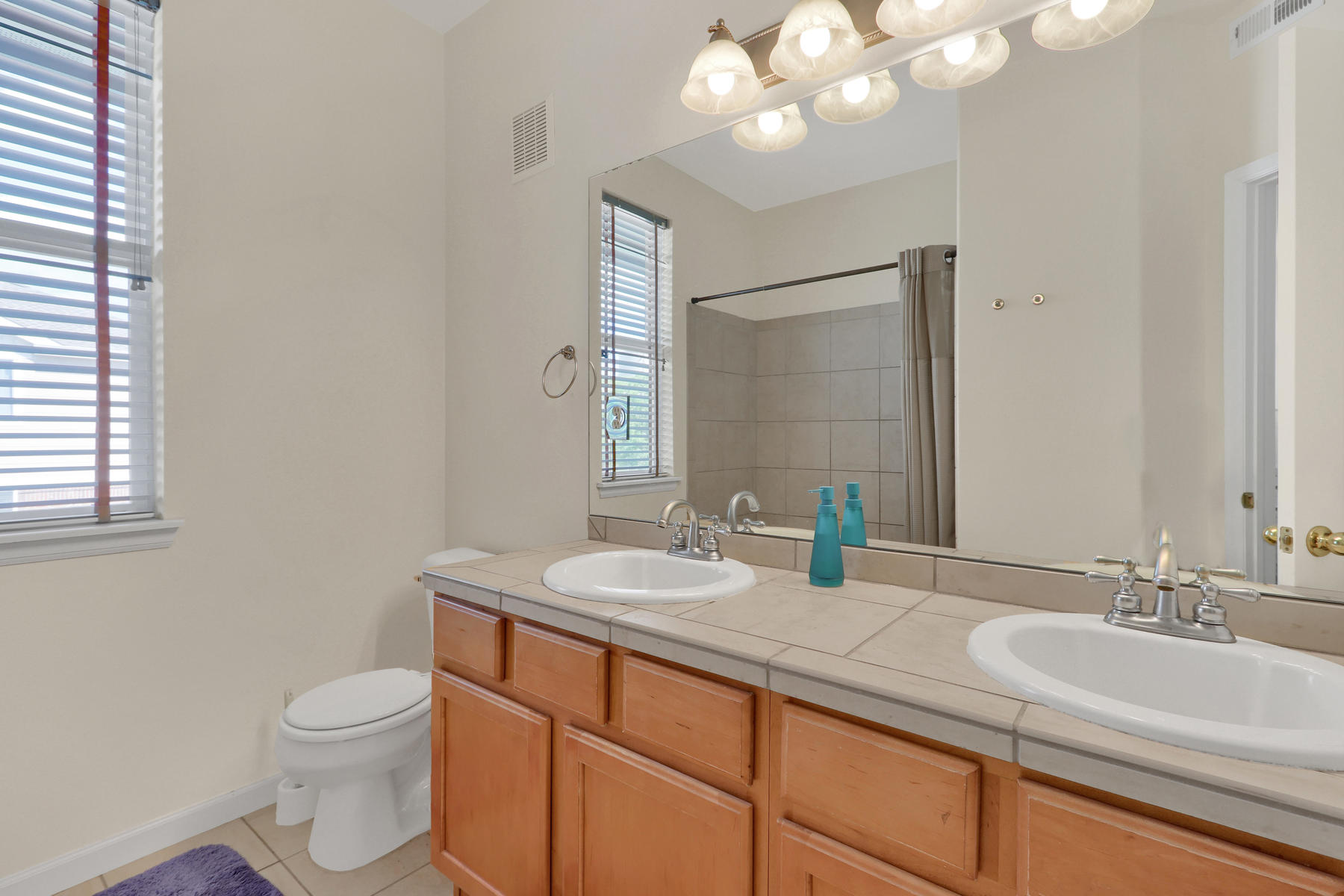 10089 W 55th Drive 204 Arvada-014-015-Bathroom-MLS_Size.jpg