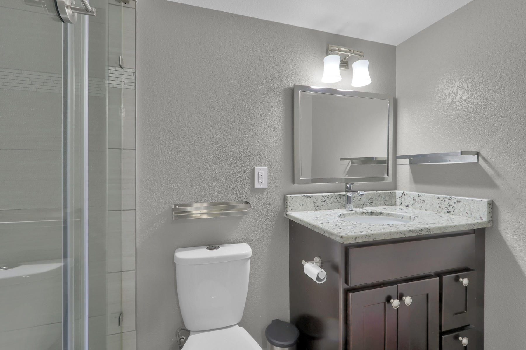 6112 Dudley Ct Arvada CO 80004-022-026-Bathroom-MLS_Size.jpg