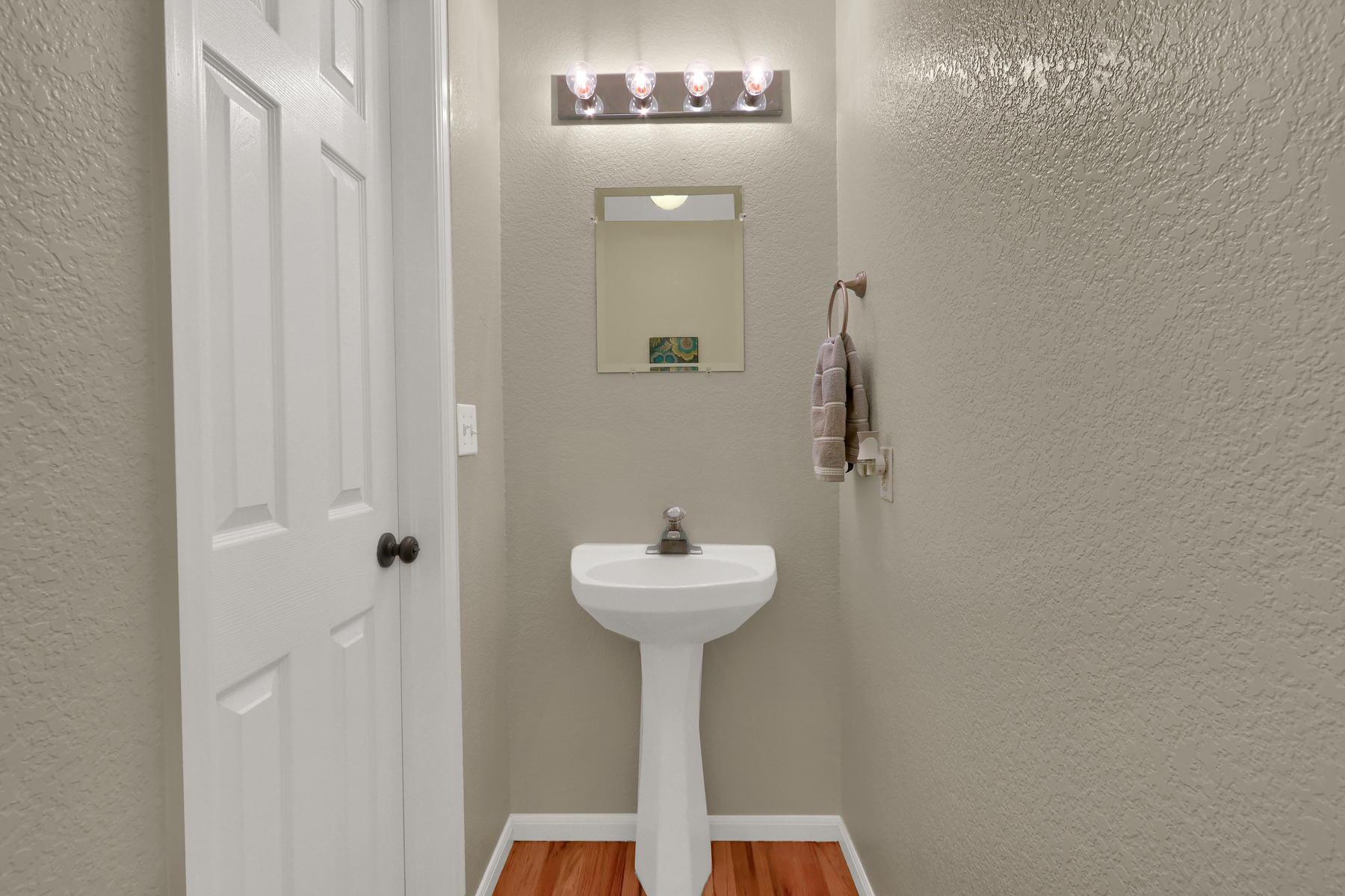 6250 Everett Ct Unit F Arvada-014-015-Bathroom-MLS_Size.jpg