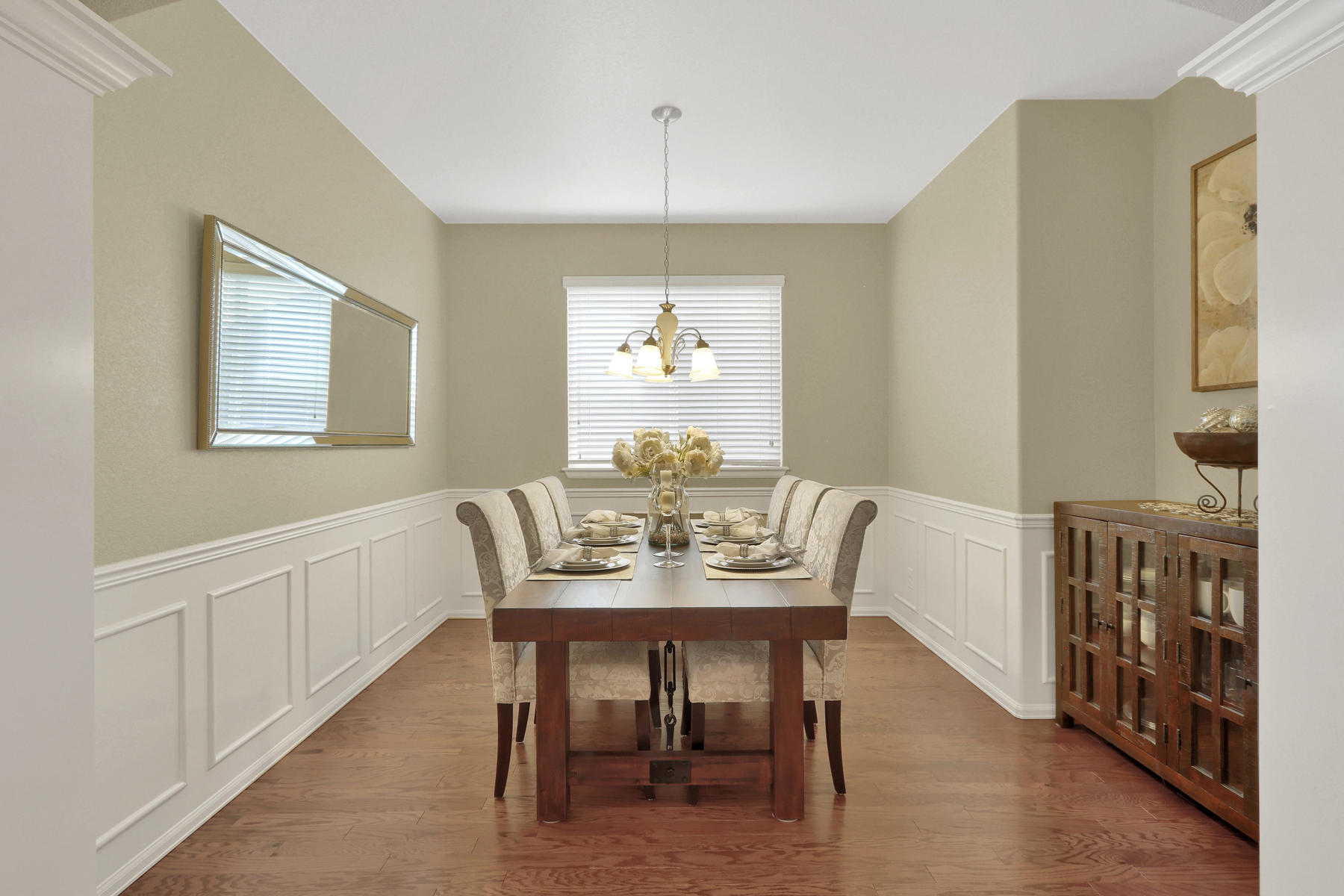 5181 Delphinium Cir Brighton-013-010-Dining Room-MLS_Size.jpg