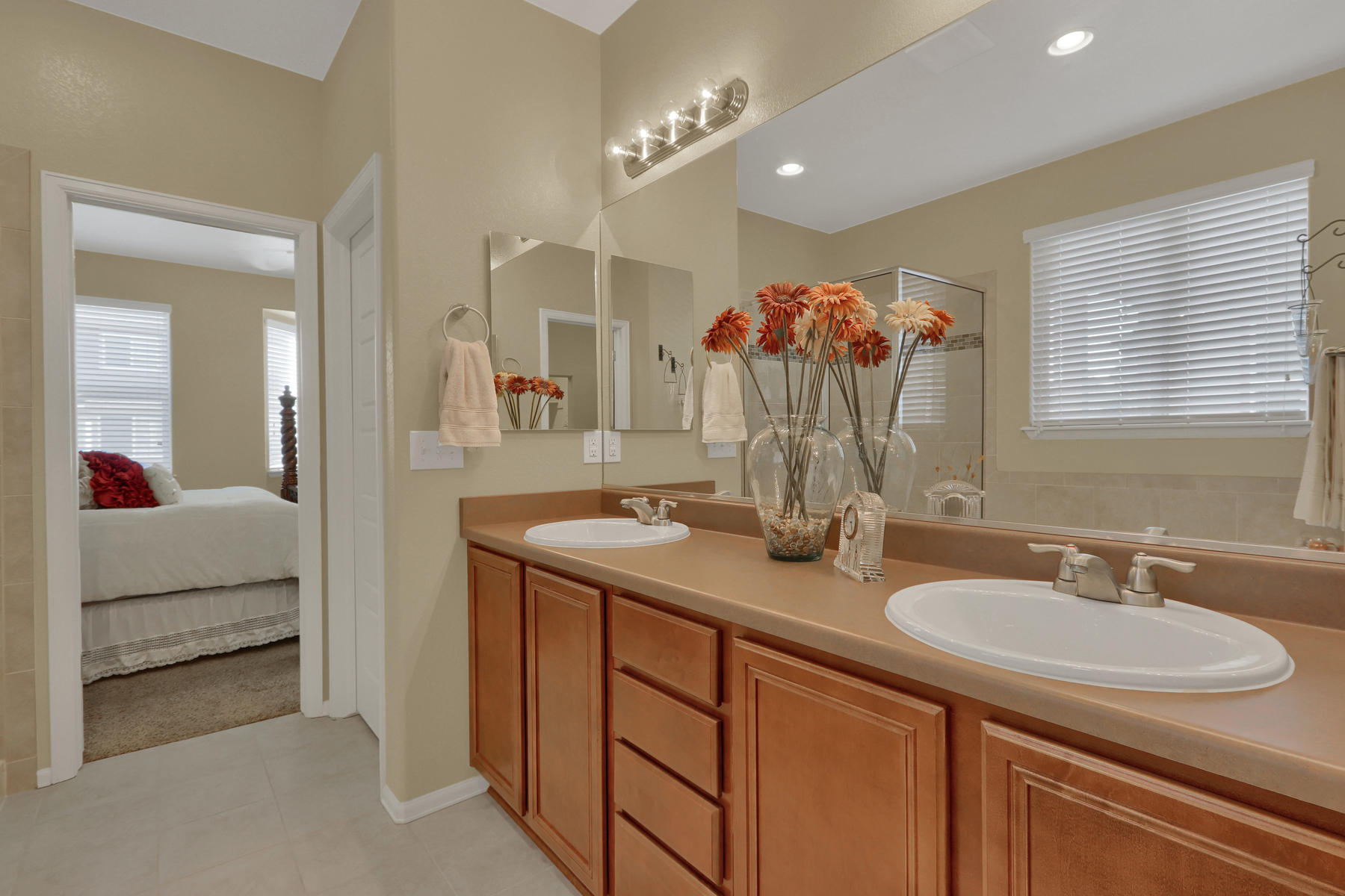 5181 Delphinium Cir Brighton-020-025-Bathroom-MLS_Size.jpg