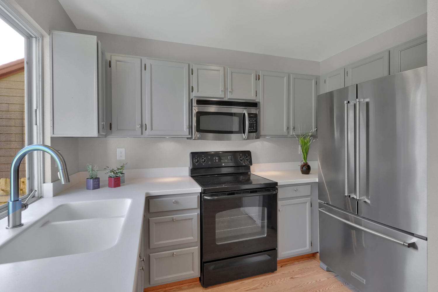 11246 W 104th Ave Westminster-large-012-013-Kitchen-1500x1000-72dpi.jpg