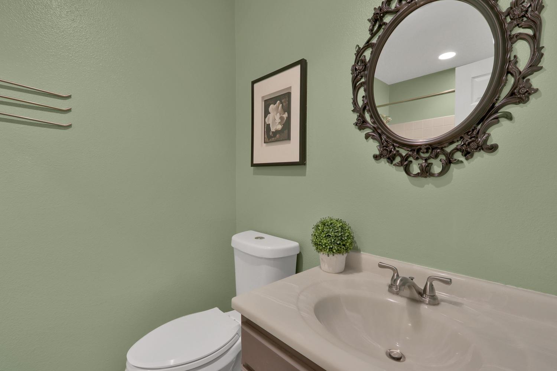 11246 W 104th Ave Westminster-large-018-018-Bathroom-1500x1000-72dpi.jpg
