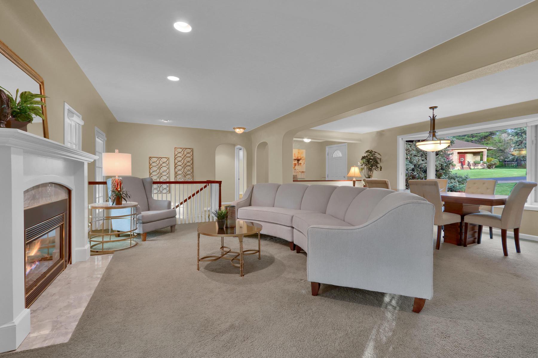 3845 Everett St Wheat Ridge CO-019-20-Living Room-MLS_Size.jpg