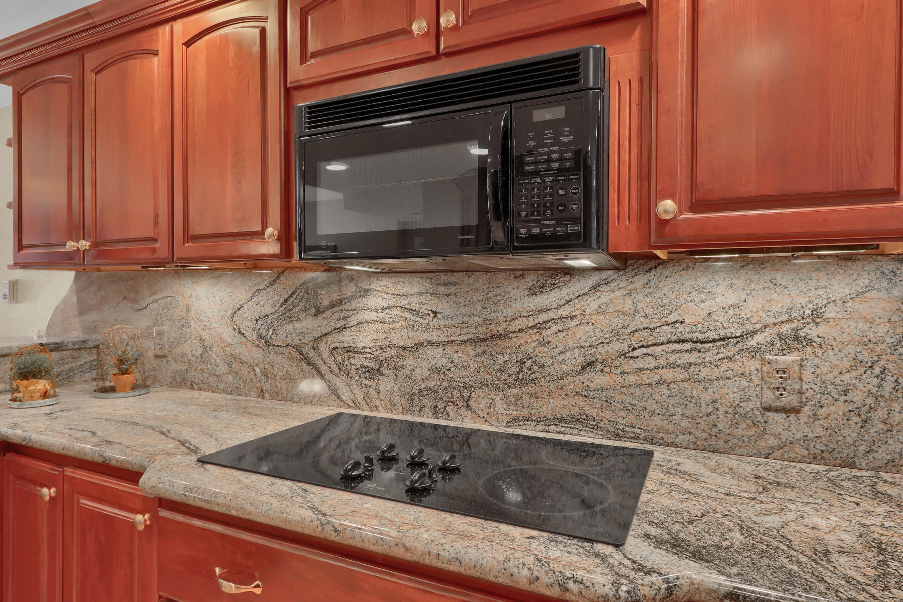 3845 Everett St Wheat Ridge CO-024-32-Kitchen-MLS_Size.jpg