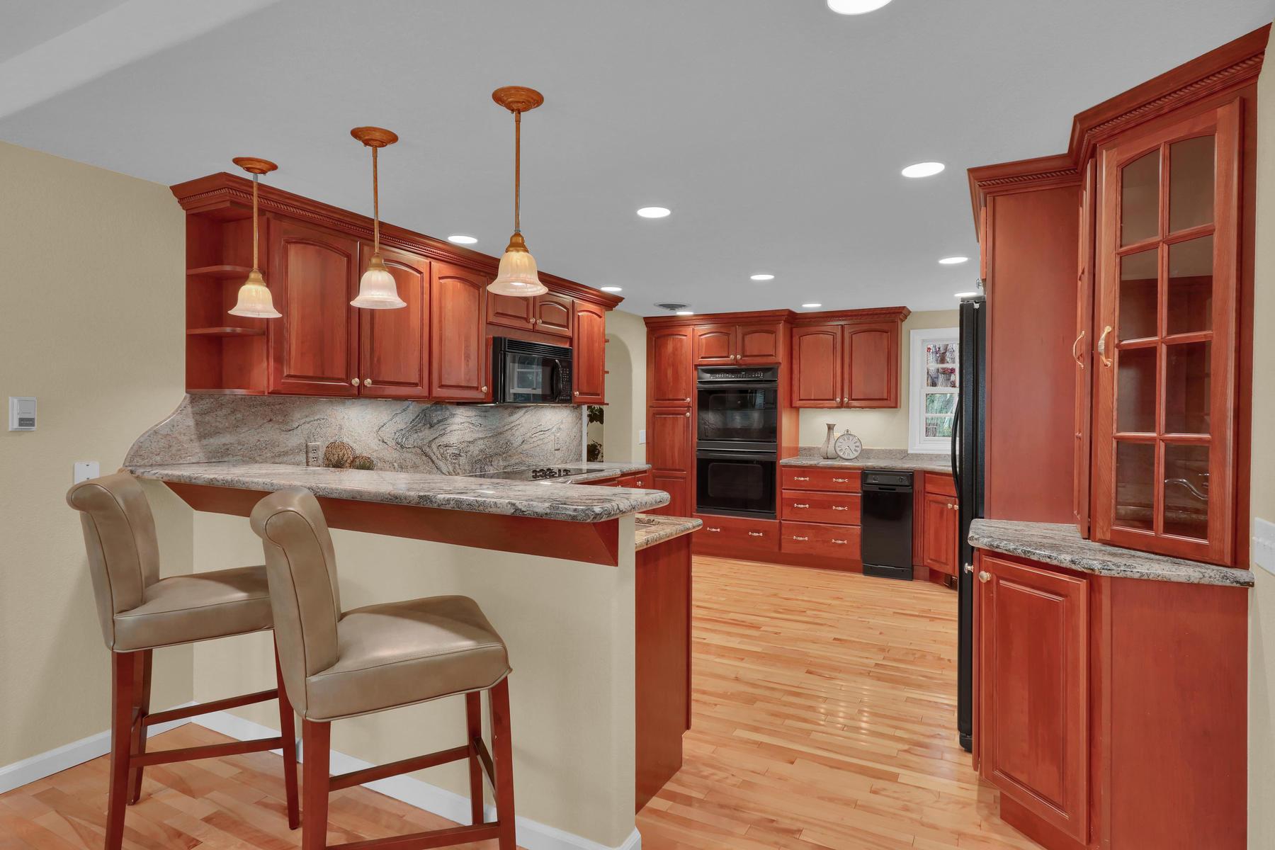 3845 Everett St Wheat Ridge CO-028-35-Kitchen-MLS_Size.jpg