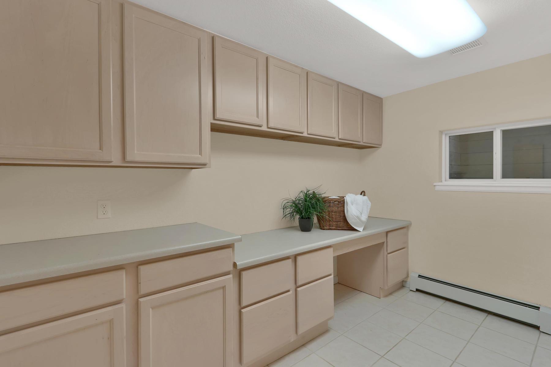 3845 Everett St Wheat Ridge CO-038-11-Laundry-MLS_Size.jpg