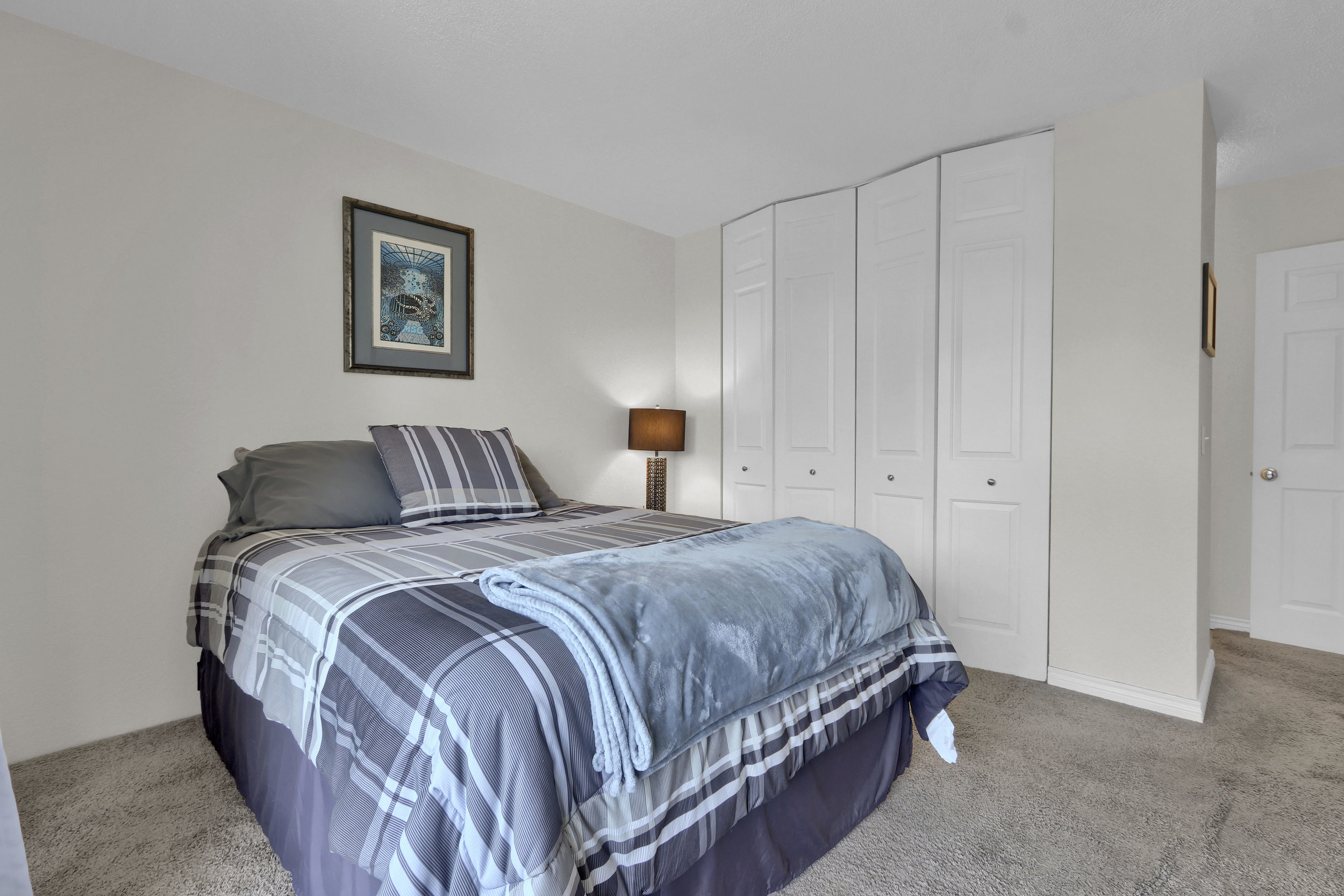 909 N Logan St Unit 3J Denver-print-014-015-Bedroom-4200x2800-300dpi.jpg