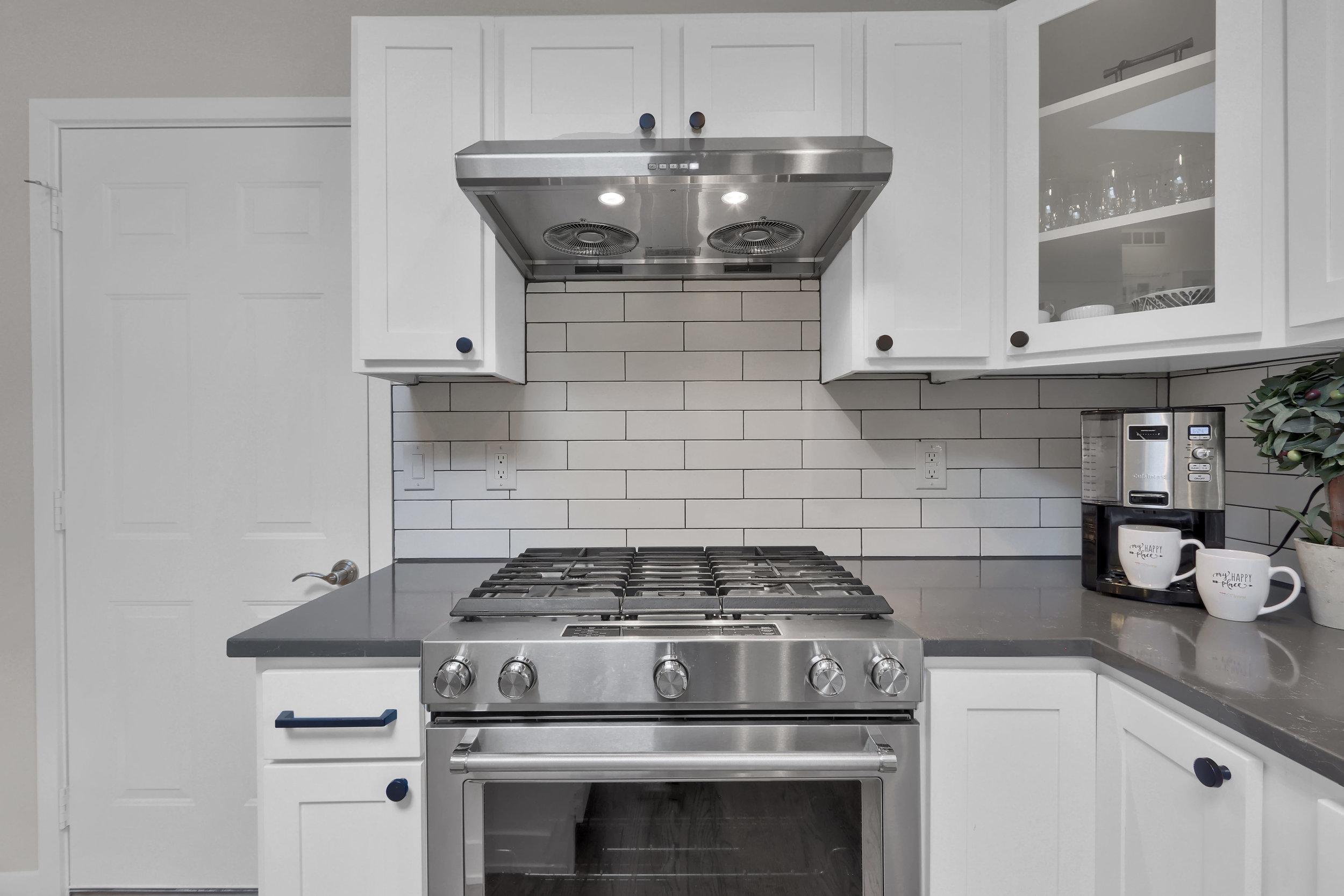 5235 Tabor Street Arvada CO-print-020-038-Kitchen-4200x2800-300dpi.jpg