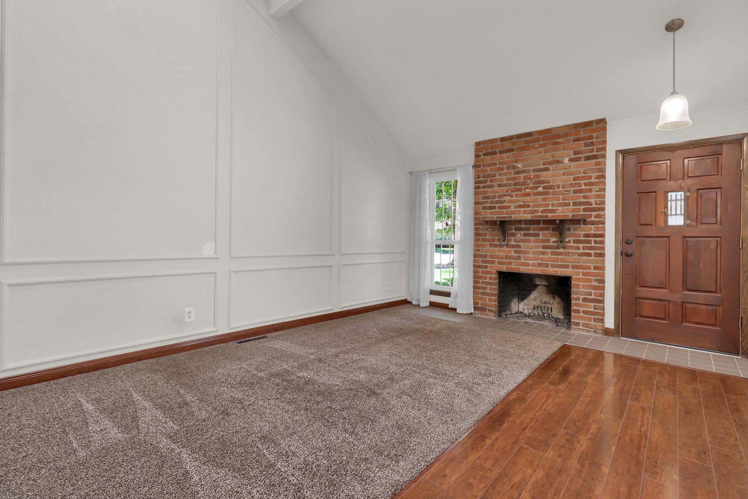 9970 Grove Street Unit B-print-003-005-Living Room-4200x2800-300dpi.jpg