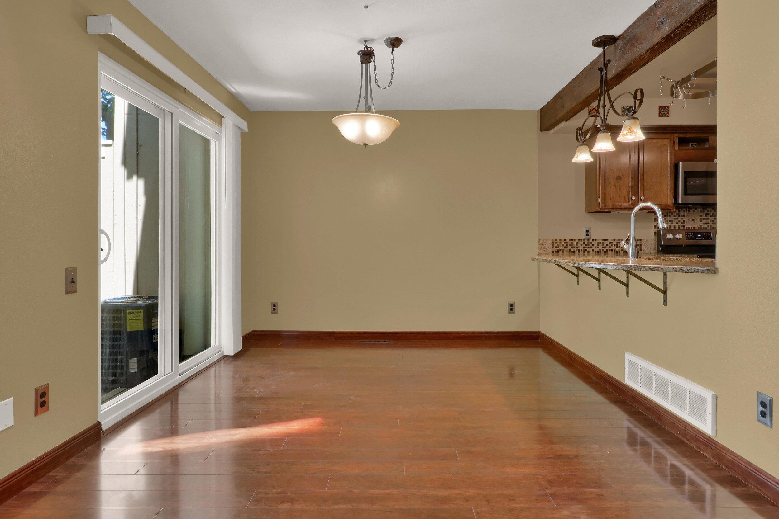 9970 Grove Street Unit B-print-006-007-Dining Room-4200x2801-300dpi.jpg
