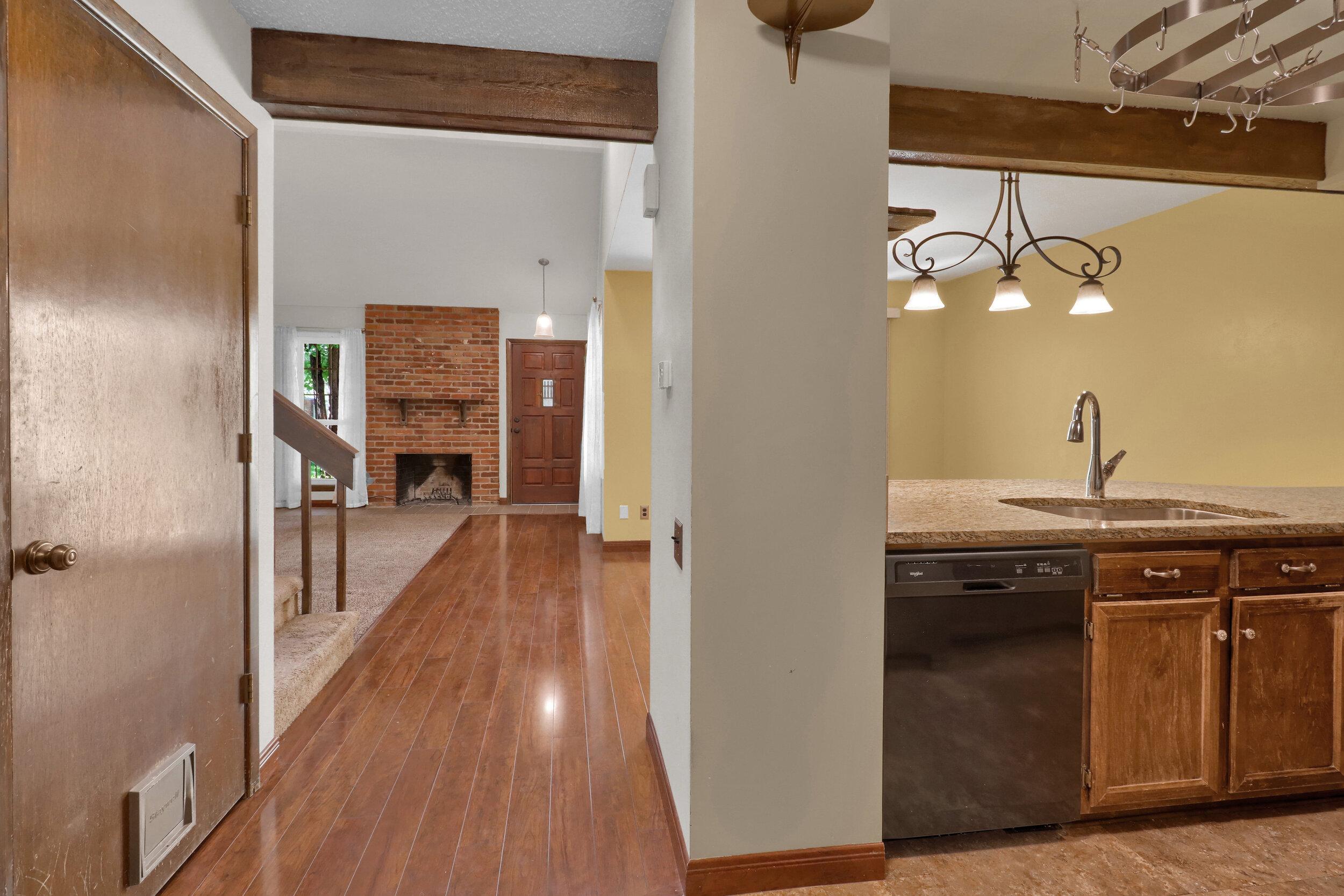 9970 Grove Street Unit B-print-009-012-Kitchen-4200x2800-300dpi.jpg