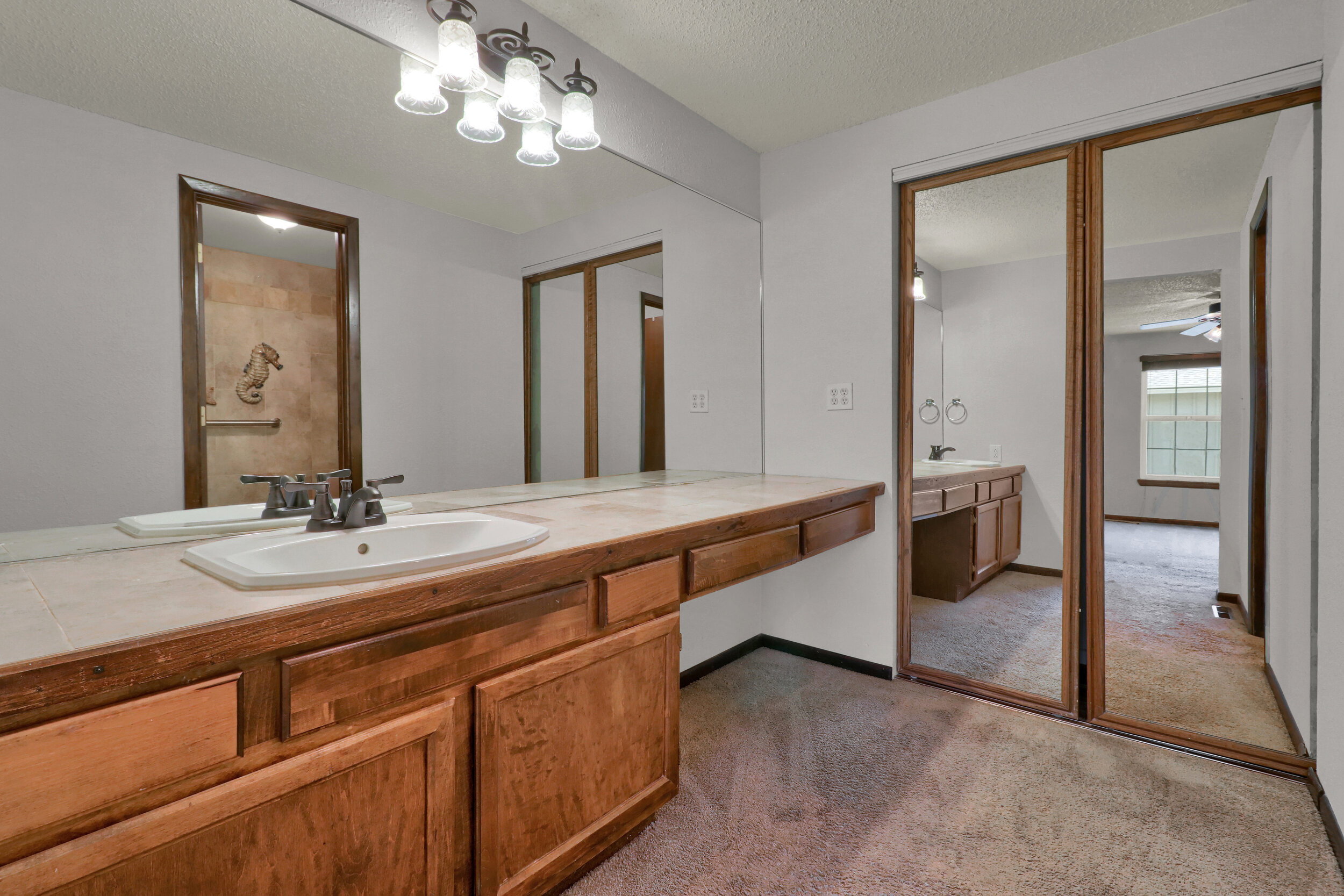 9970 Grove Street Unit B-print-018-019-Bathroom-4200x2800-300dpi.jpg