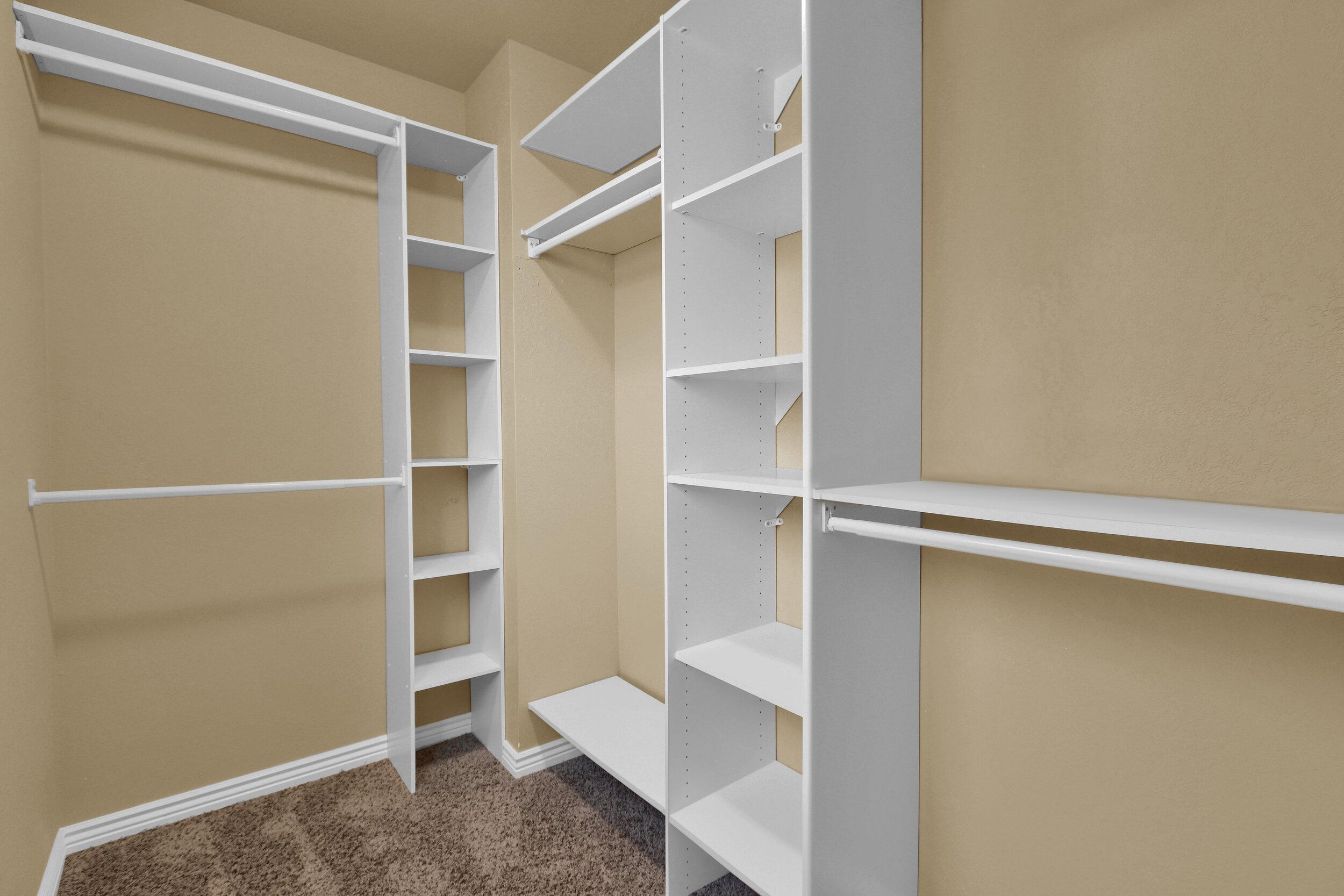 7048 Xenon Court Arvada CO-print-015-025-Master Closet-4200x2800-300dpi.jpg