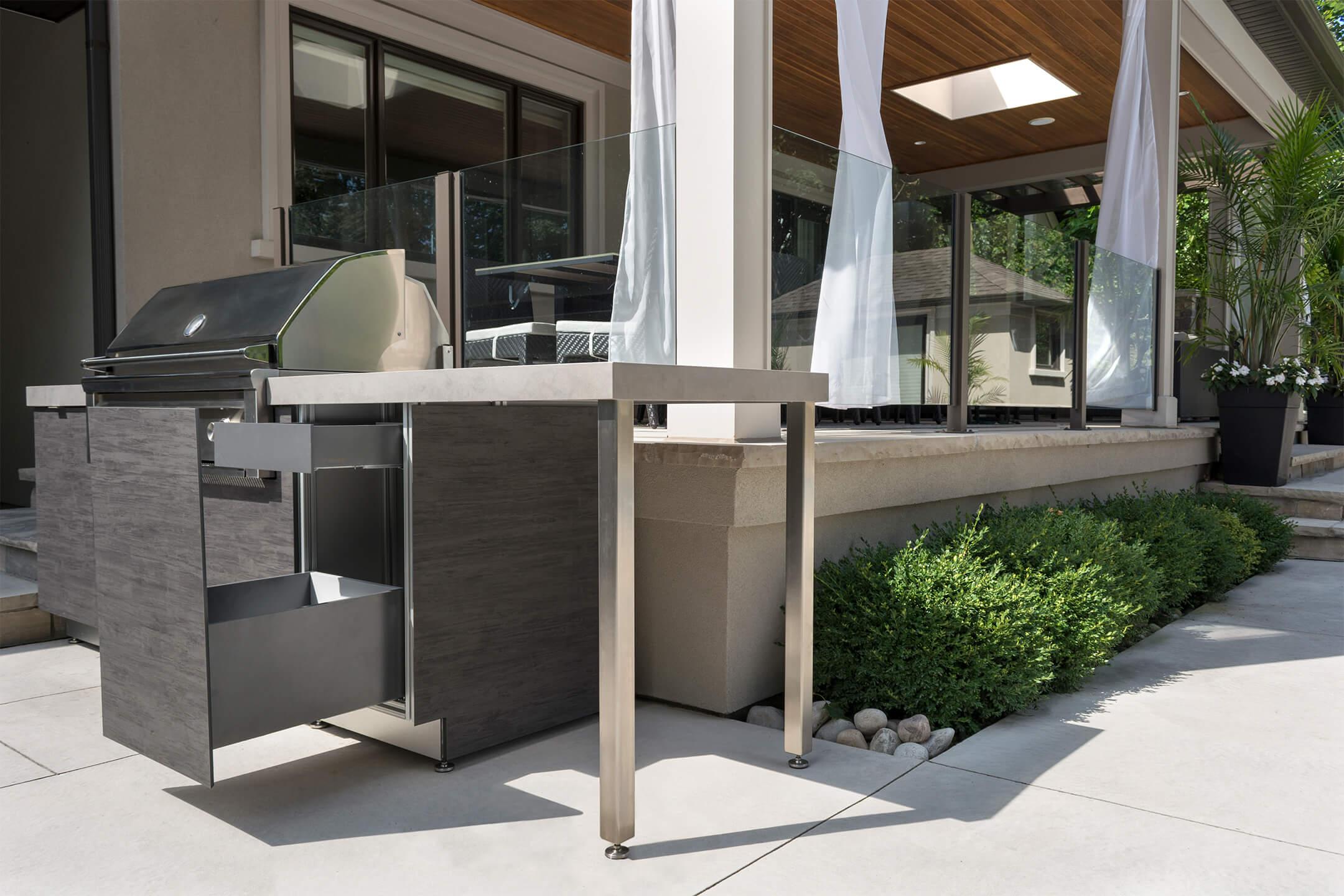 Garden Living - Outdoor Kitchens 2.jpg