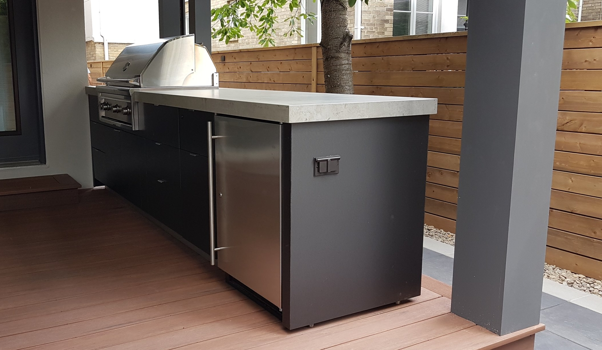 Covered Deck | Outdoor Kitchen