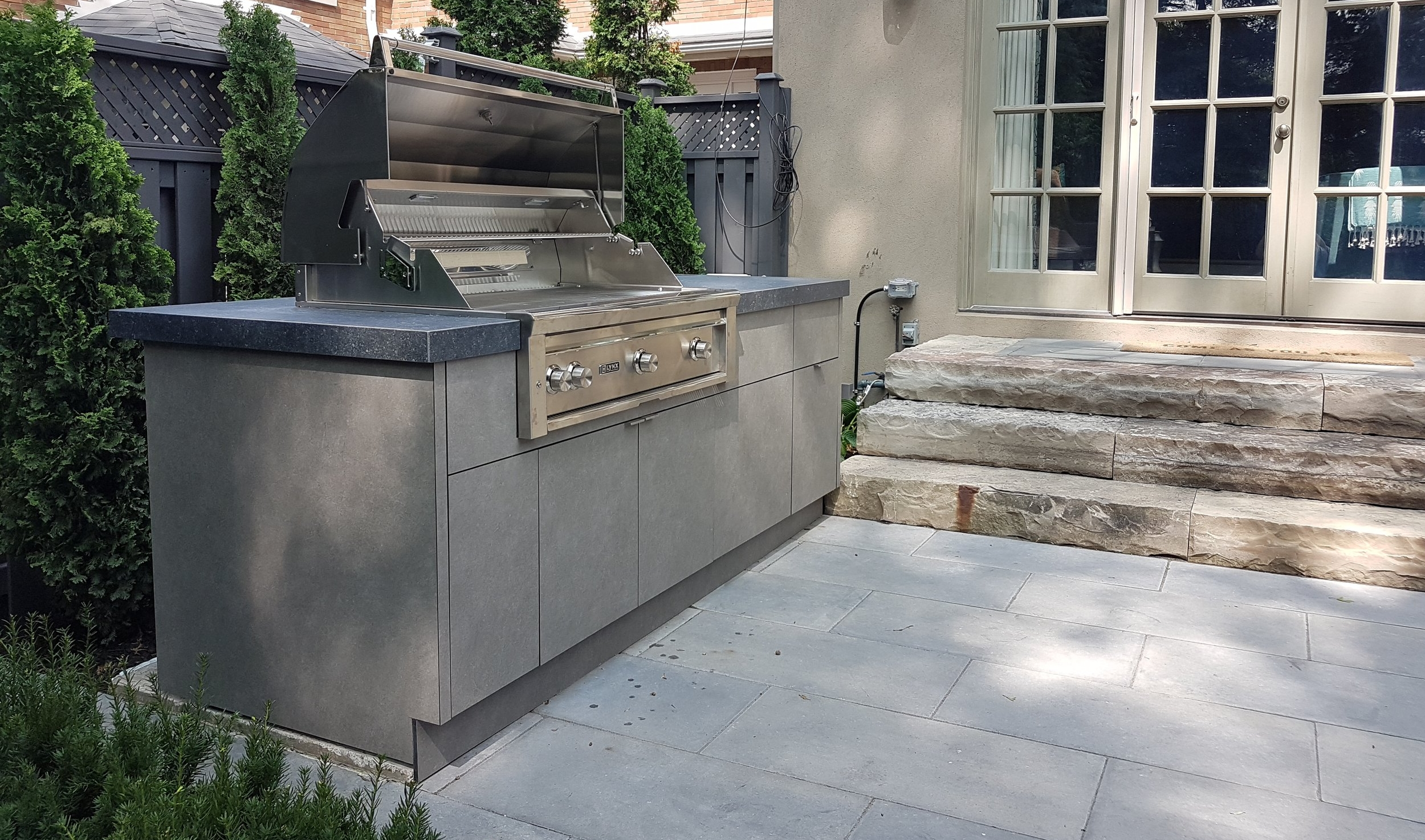 Urban Yard | Outdoor Kitchen