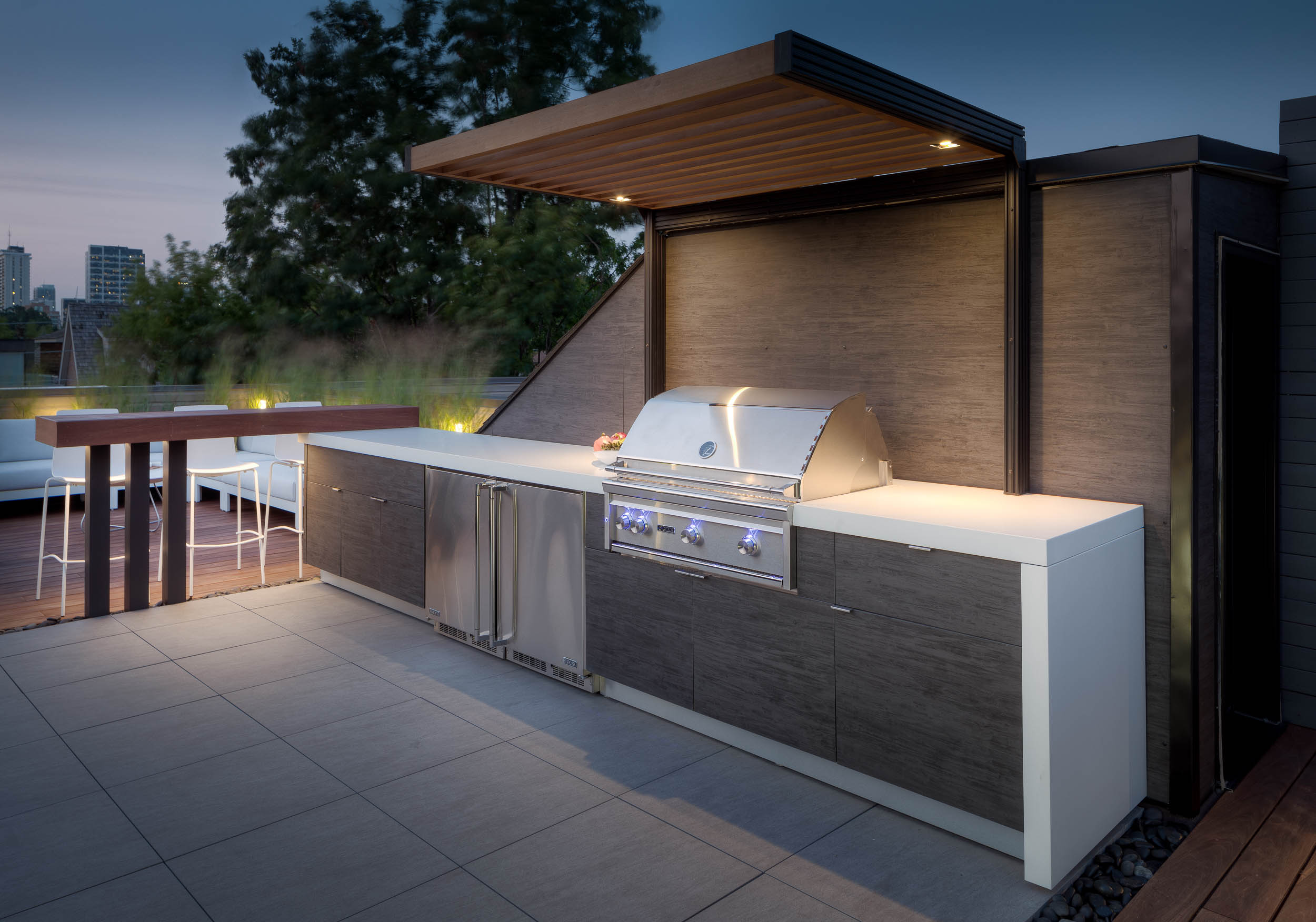 ROOFTOP TERRACE | OUTDOOR KITCHEN
